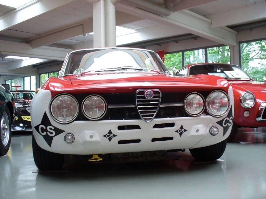 Alfa_Romeo_GTAm_08
