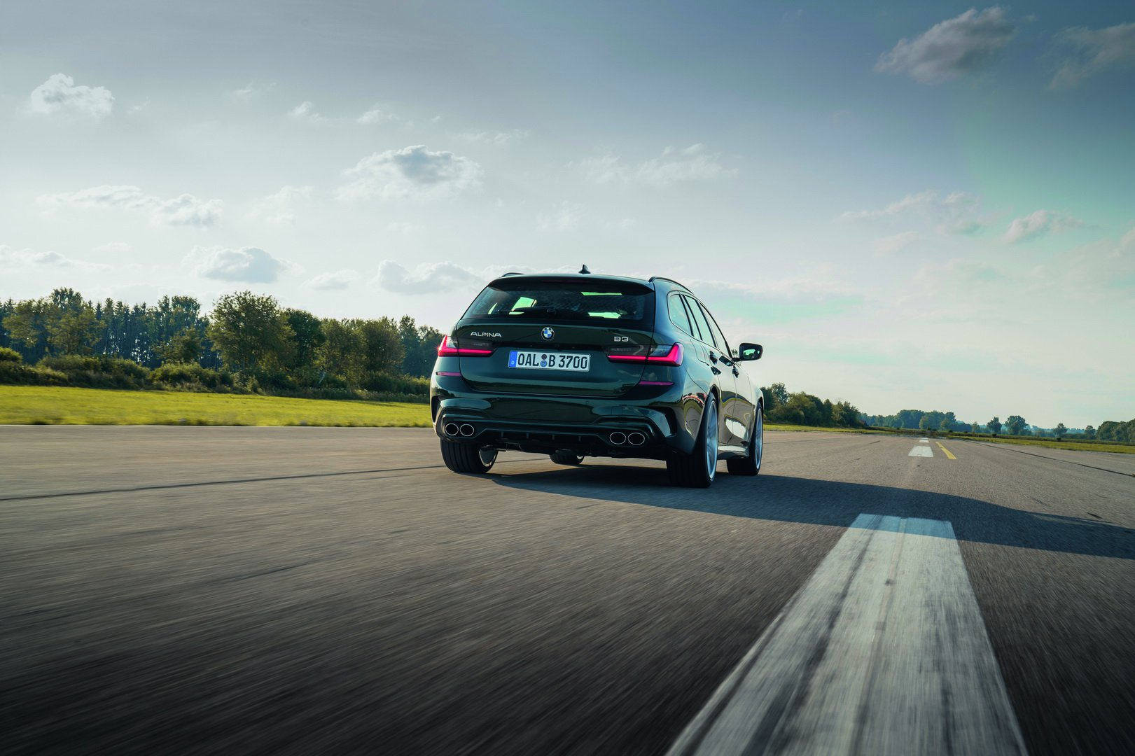 Alpina-B3-Touring-2020-22
