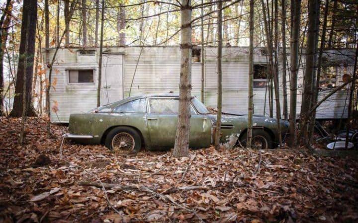 Aston-Martin-DB4-forest-found