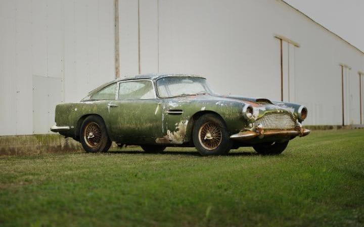 Aston-Martin-DB4-forest-found2