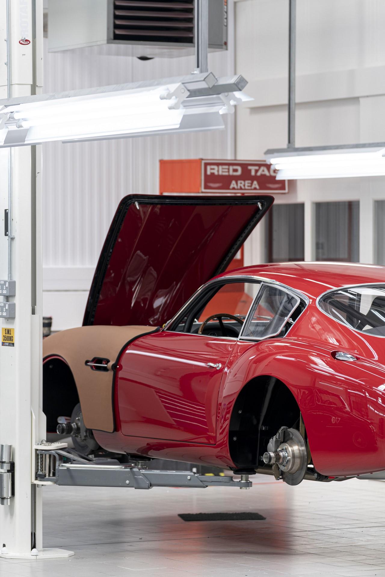 Aston-Martin-DB4GT-Zagato-Build_Newport-Pagnell_13