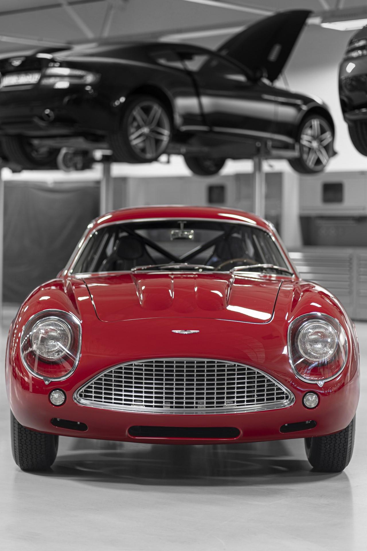 Aston-Martin-DB4-GT-Zagato-Continuation-13