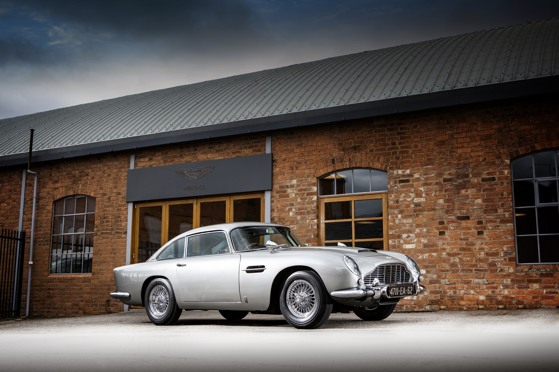1965-Aston-Martin-DB5-Bond-Car-Simon-Clay-c-2019-Courtesy-of-RM-Sothebys
