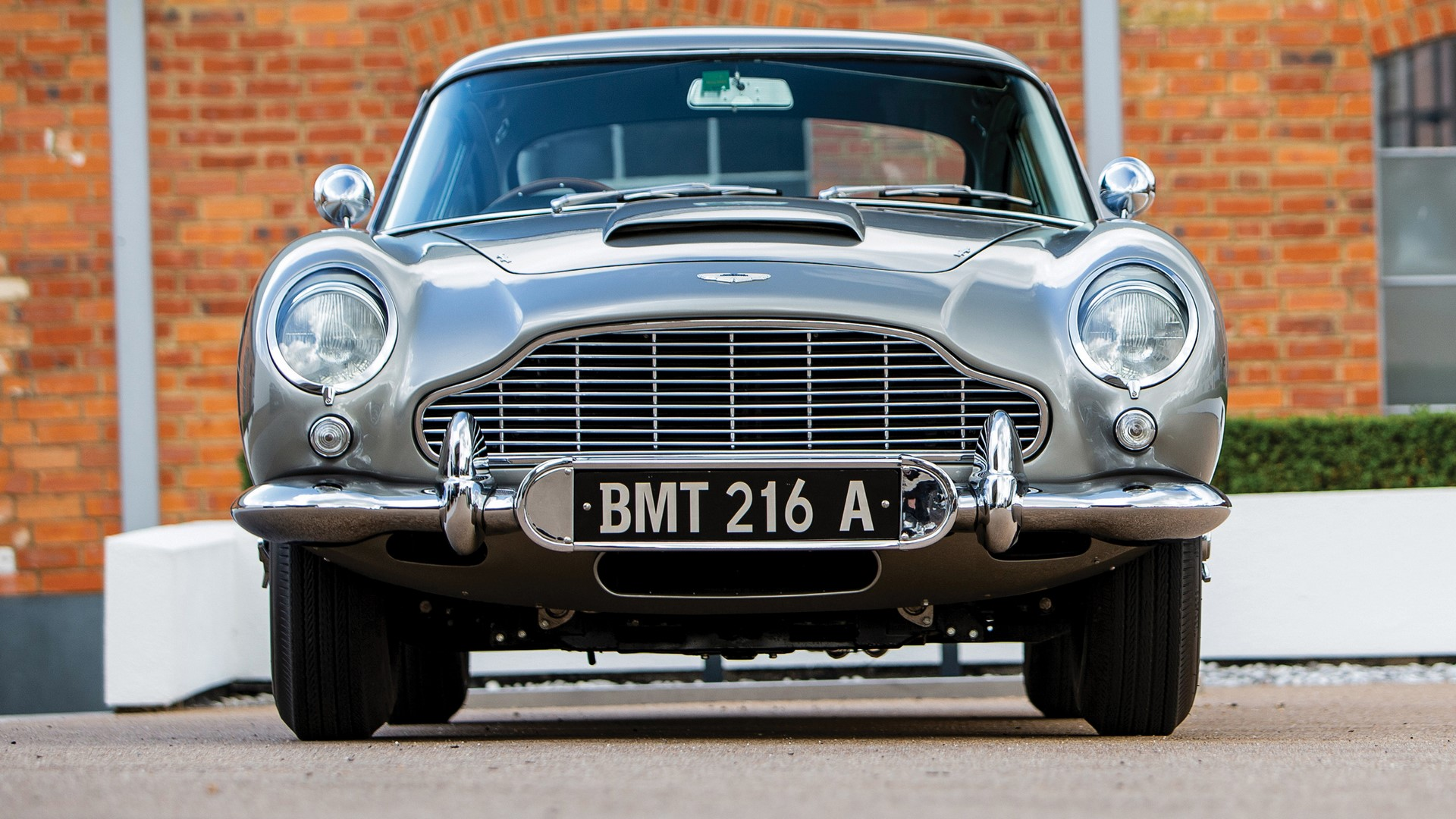 1965-aston-martin-db5-goldfinger-spec-1-4
