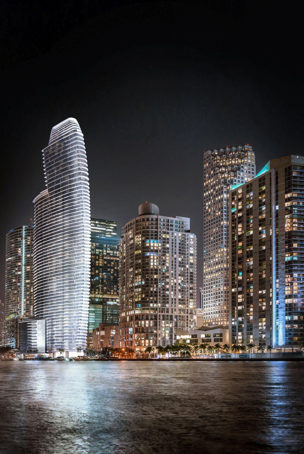 Aston-Martin-Residences-Miami-7