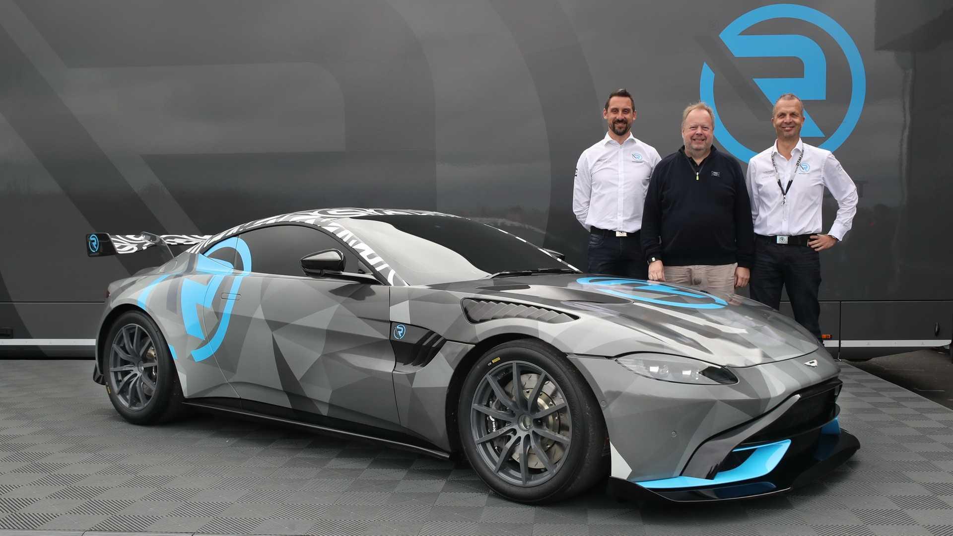 Aston-Martin-Vantage-Cup-2