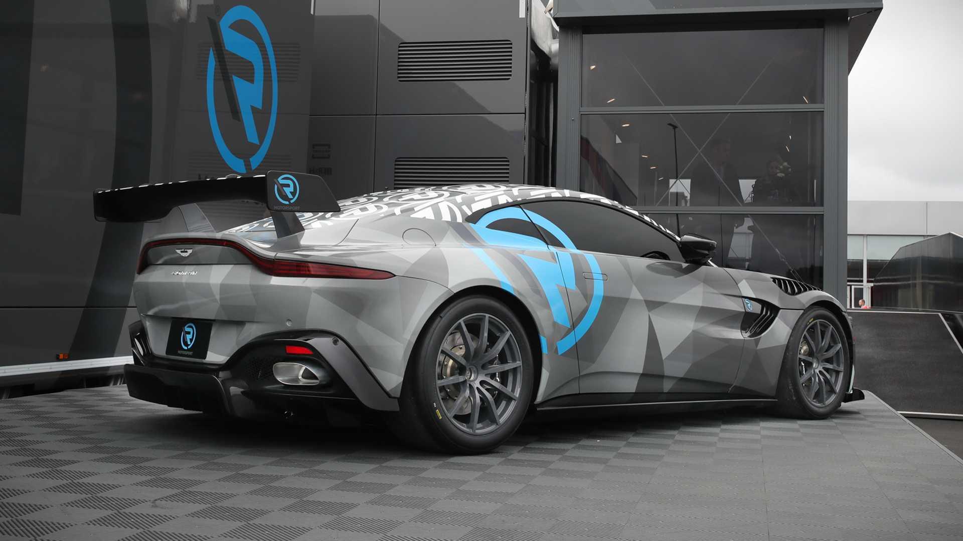 Aston-Martin-Vantage-Cup-3