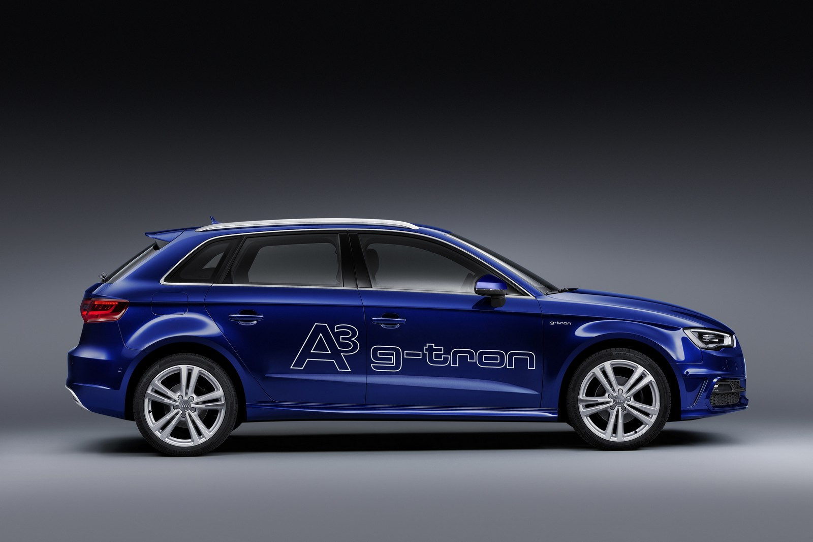 http://www.autoblog.gr/wp-content/gallery/audi-a3-sportback-g-tron/audi-a3-sportback-g-tron-2.jpg