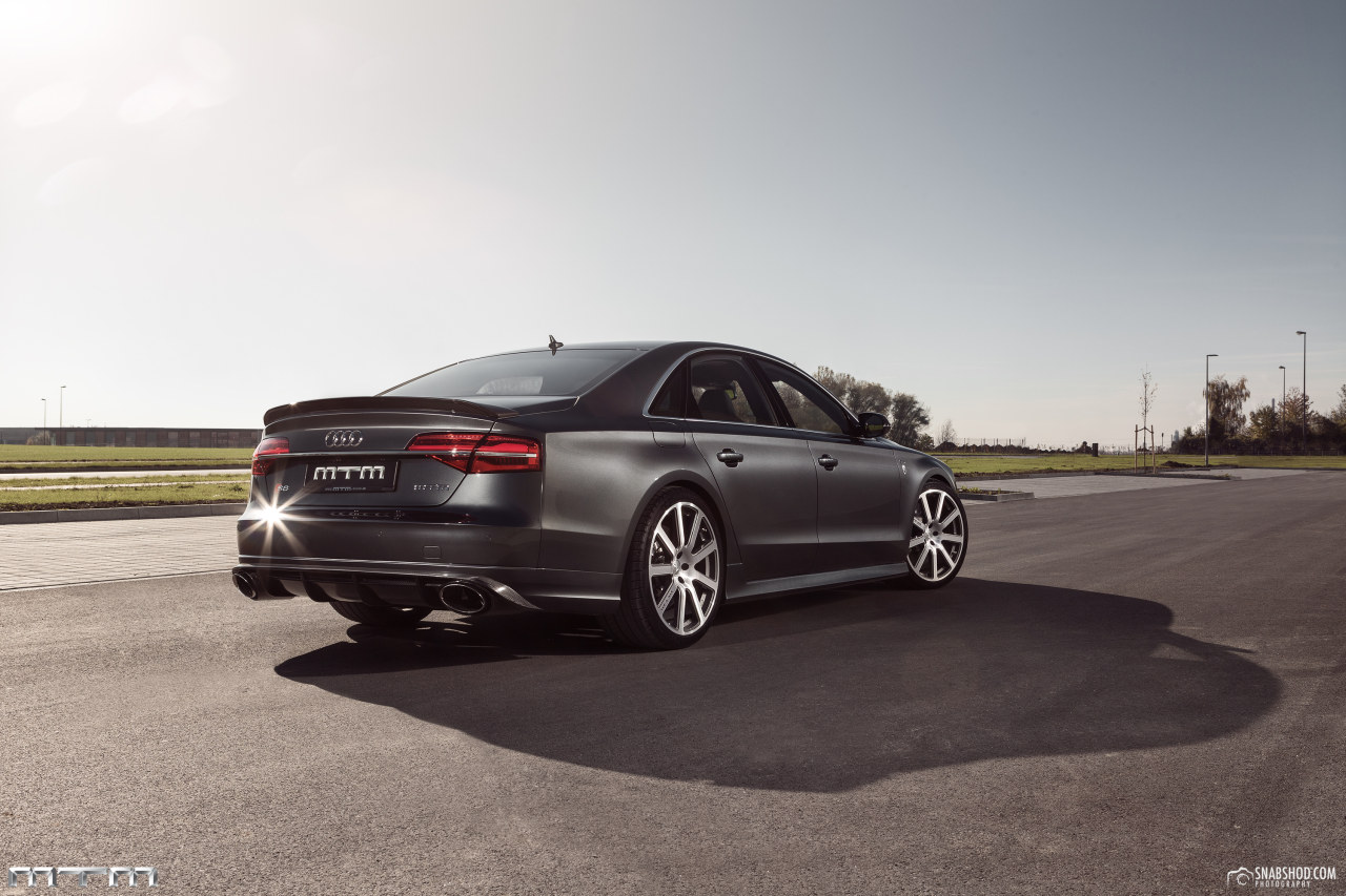 http://www.autoblog.gr/wp-content/gallery/audi-s8-talladega-by-mtm/Audi_S8_Talladega_by_MTM_12.jpg