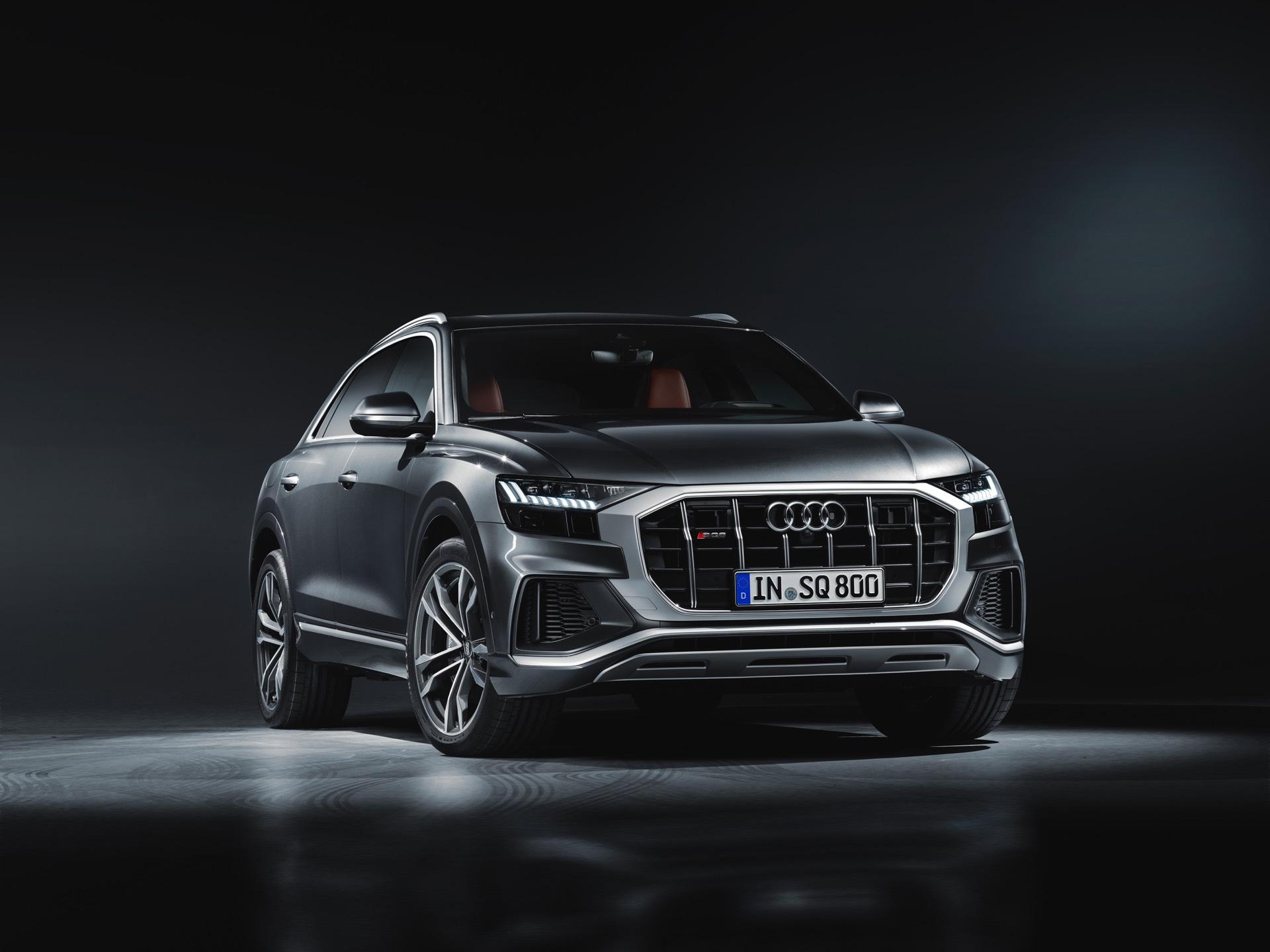 Audi-SQ8-TDI-2019-1