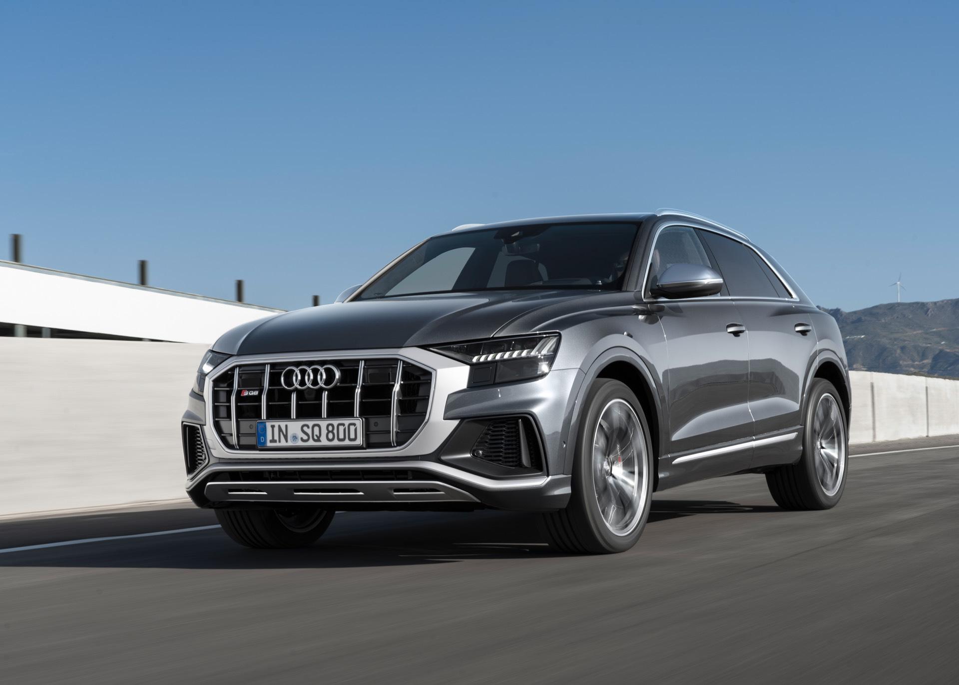 Audi-SQ8-TDI-2019-14