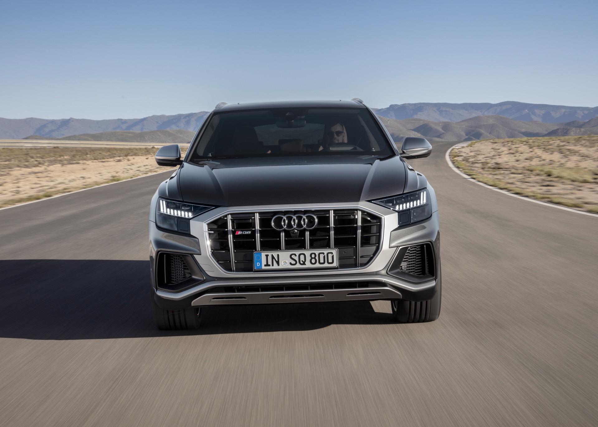 Audi-SQ8-TDI-2019-21