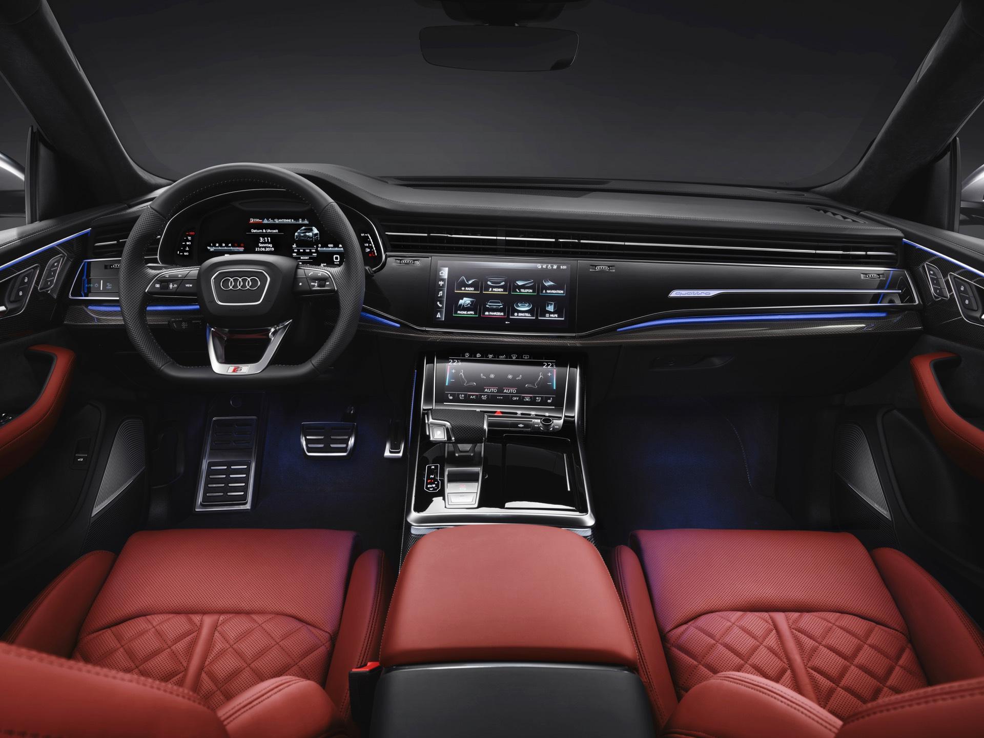 Audi-SQ8-TDI-2019-25