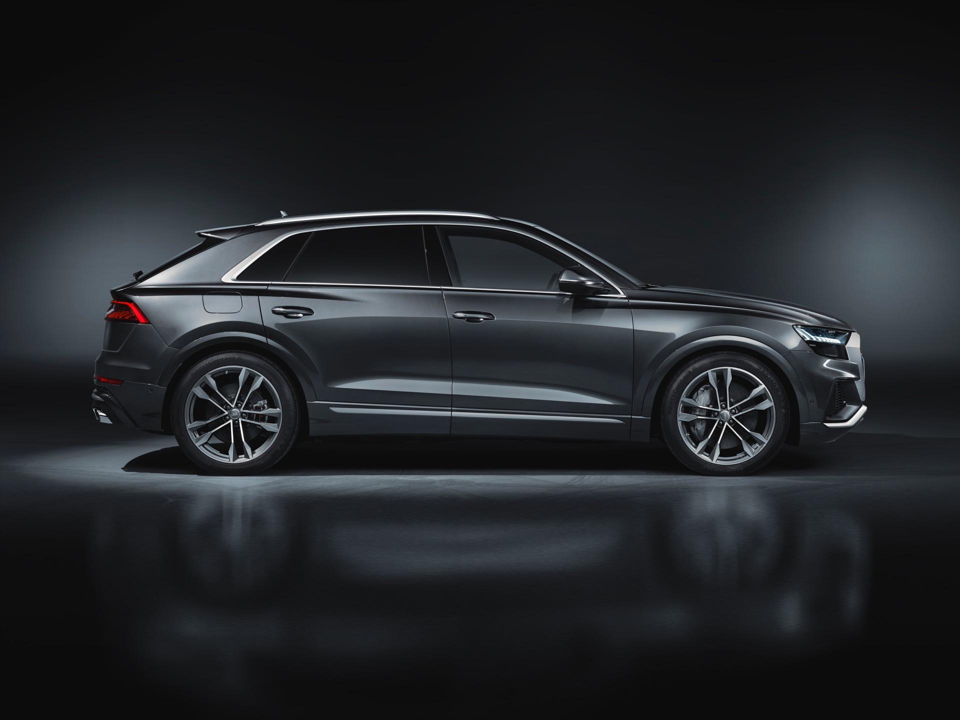 Audi-SQ8-TDI-2019-4