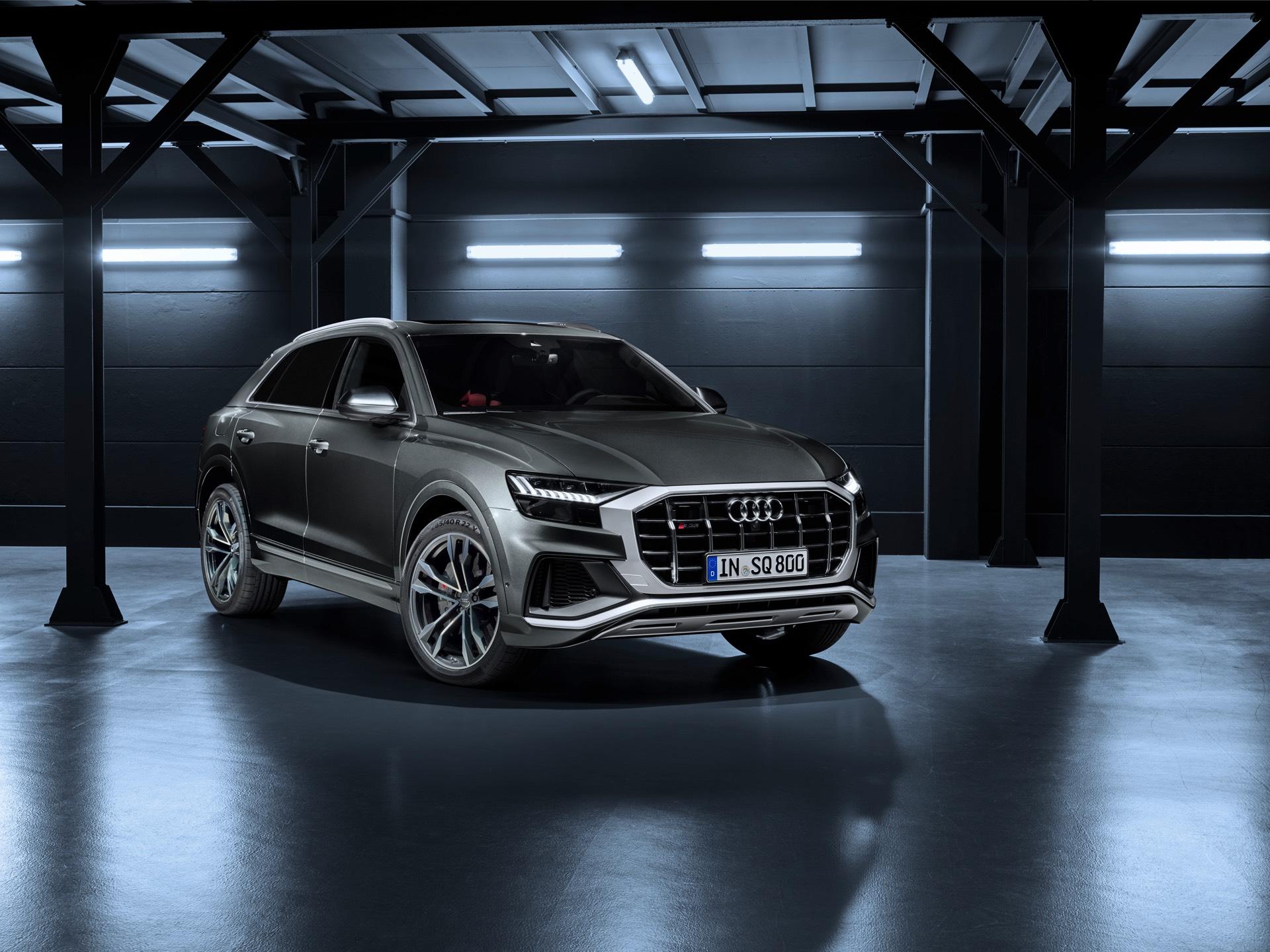 Audi-SQ8-TDI-2019-7
