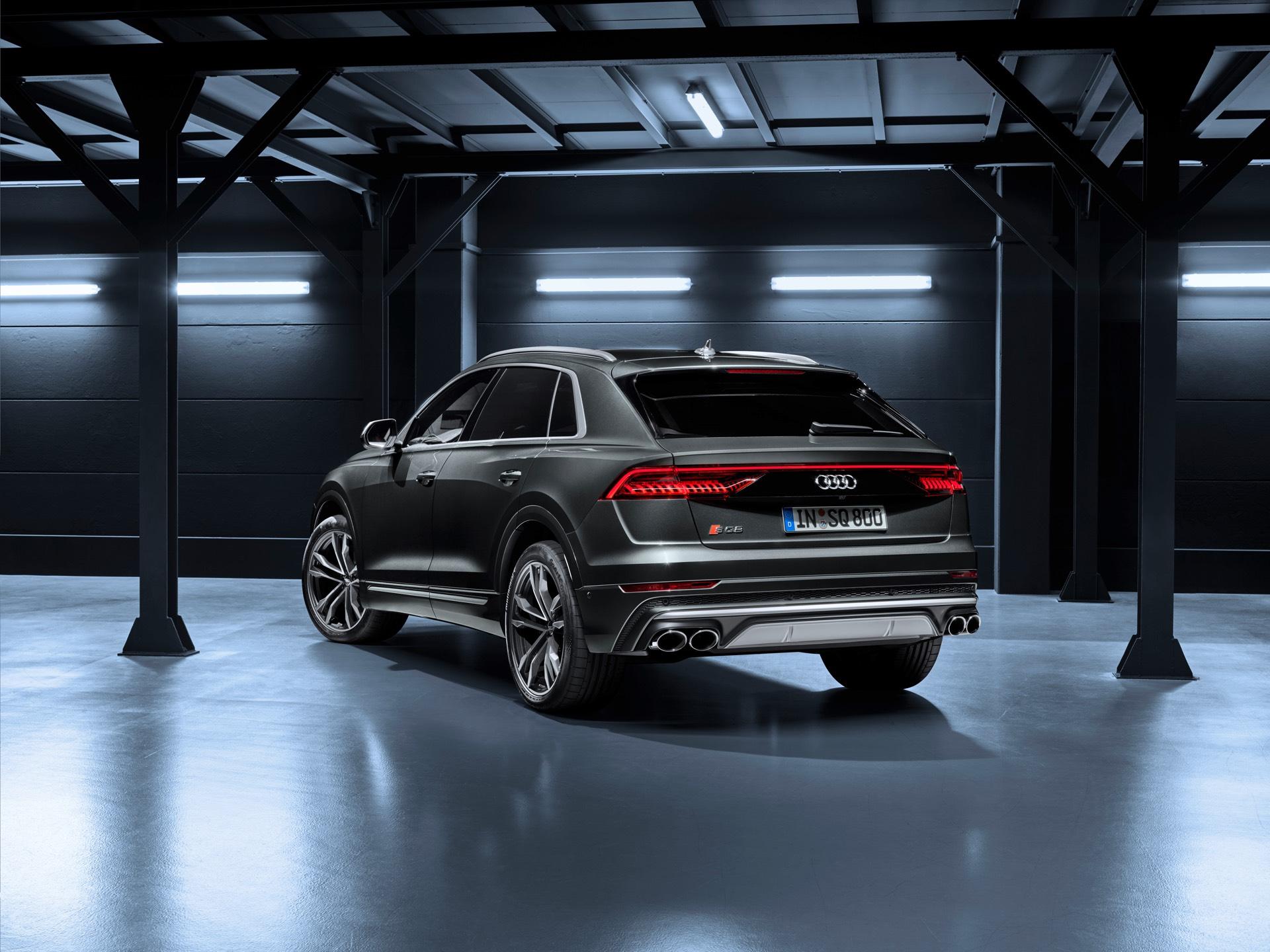 Audi-SQ8-TDI-2019-8