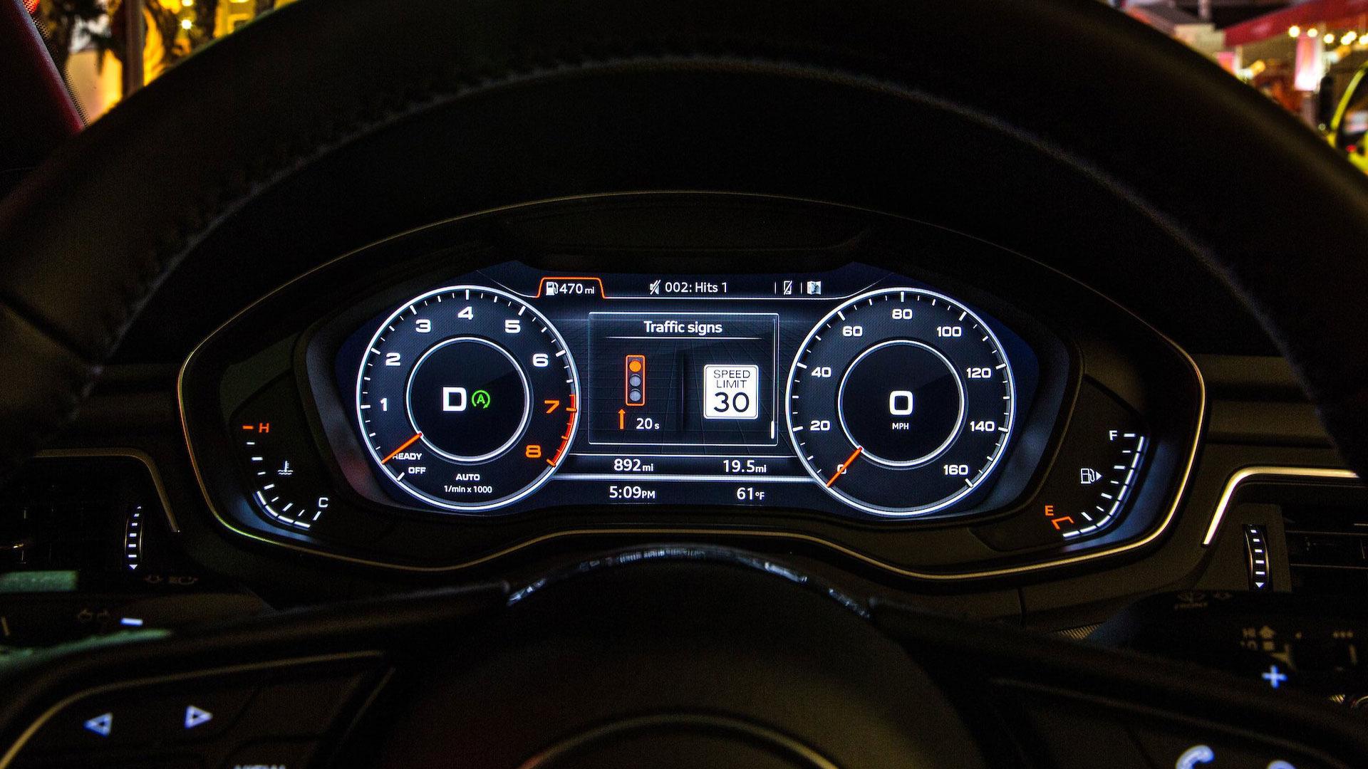 audi-traffic-light-information-display
