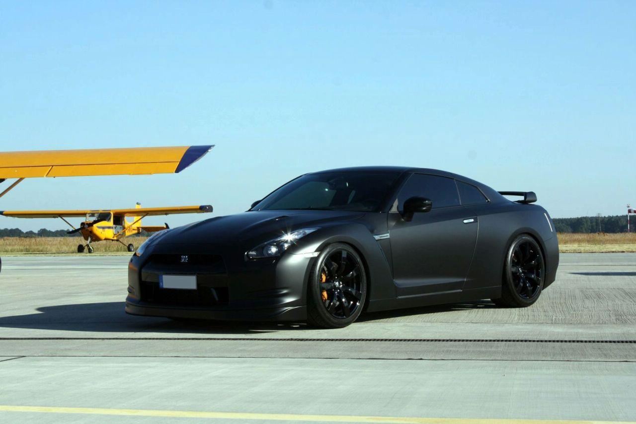 Nissan GT-R by Avus