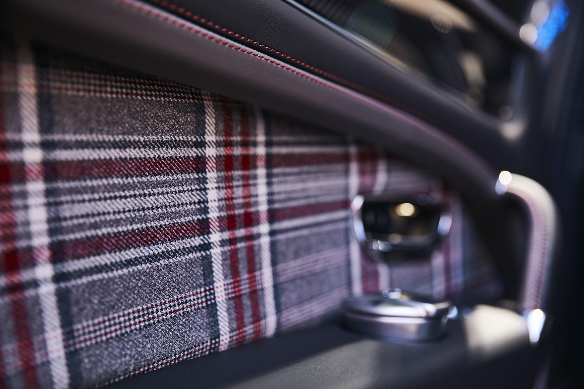 Bentley-Huntsman-3