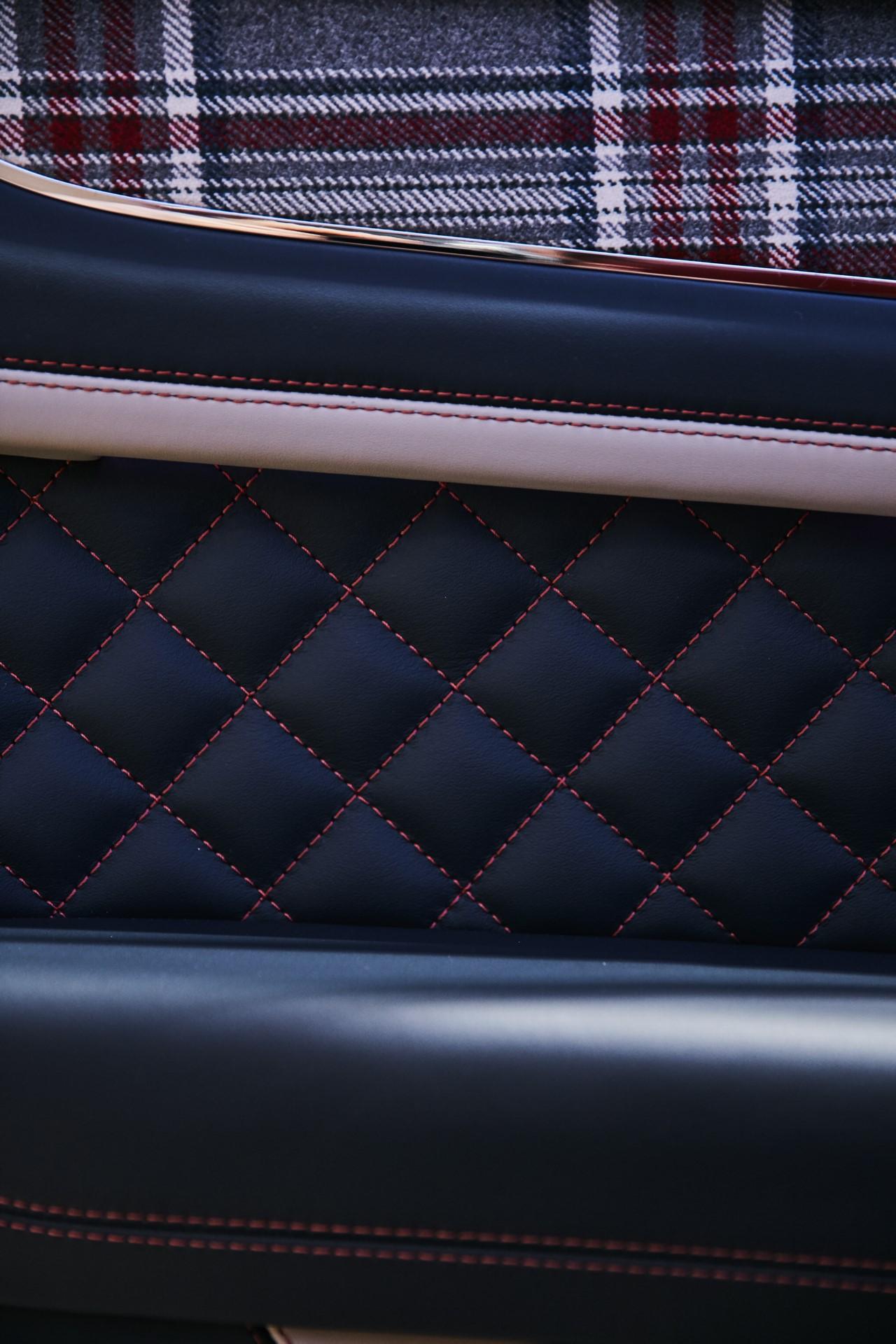 Bentley-Huntsman-5