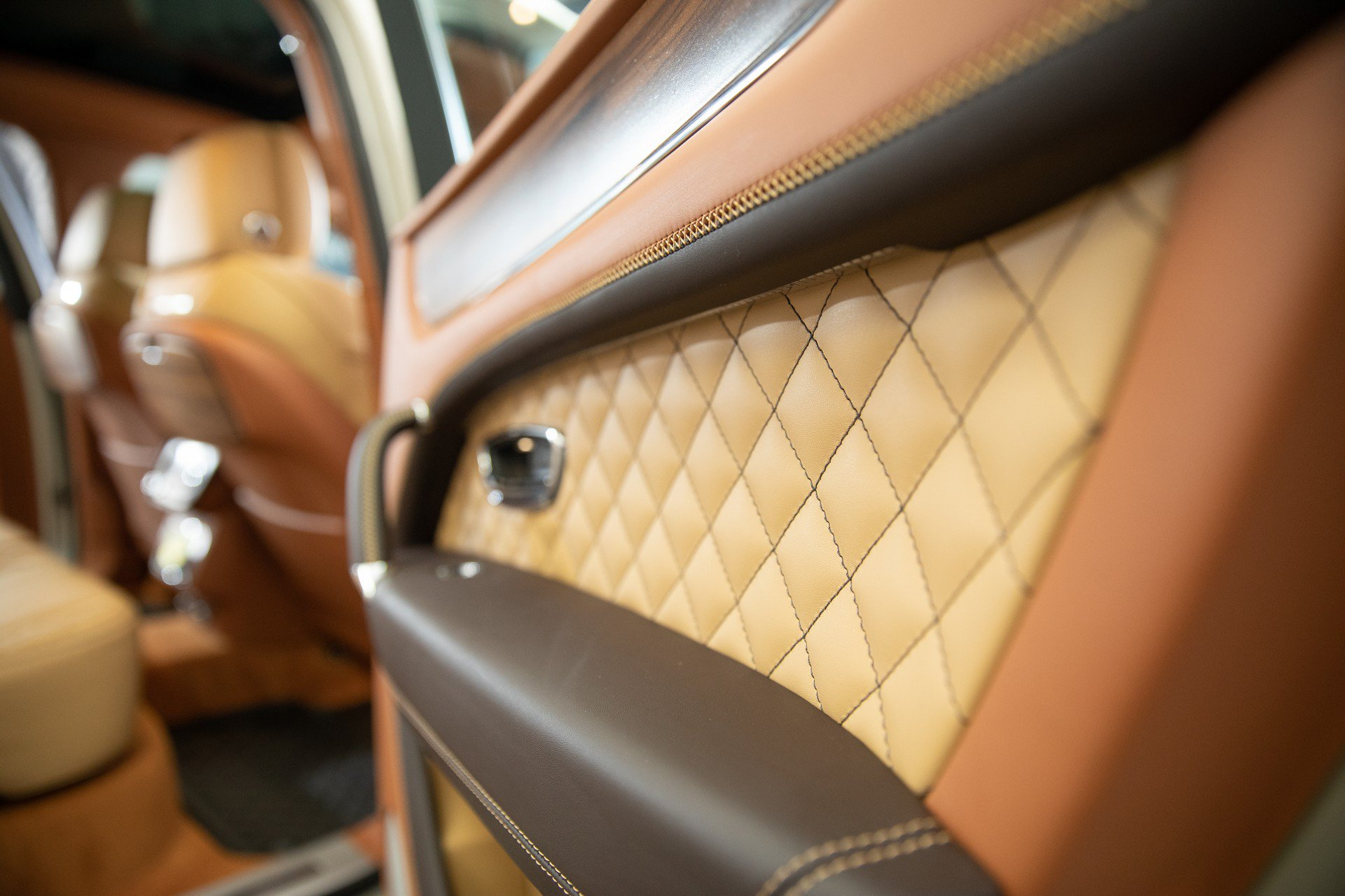 Bentley_Bentayga_Stetson_Edition_0018