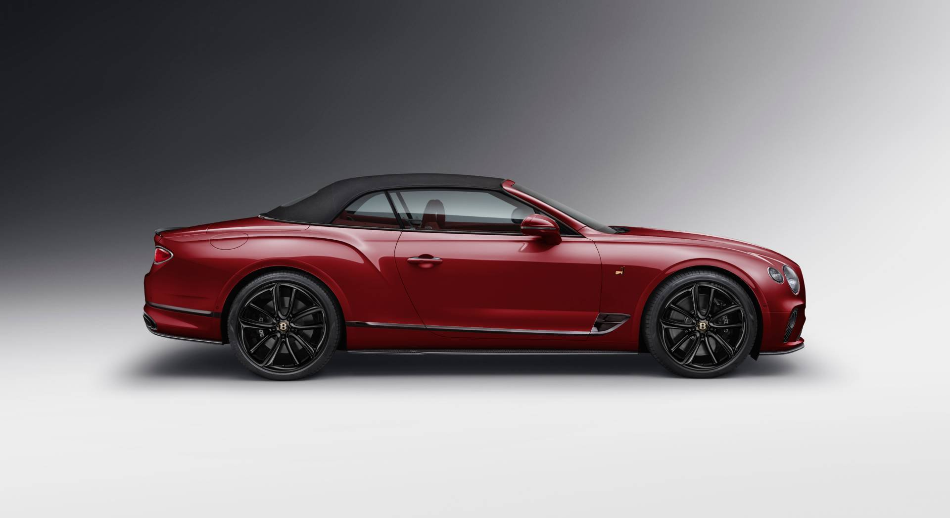 Bentley_Continental_GT_Convertible_Number_1_Edition_by_Mulliner_0003