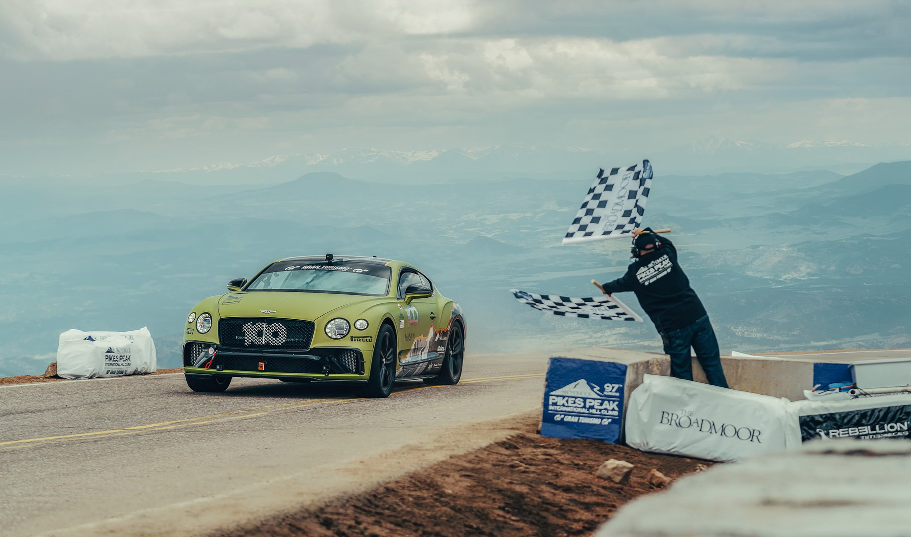 Bentley-Continental-GT-Pikes-Peak-record-1