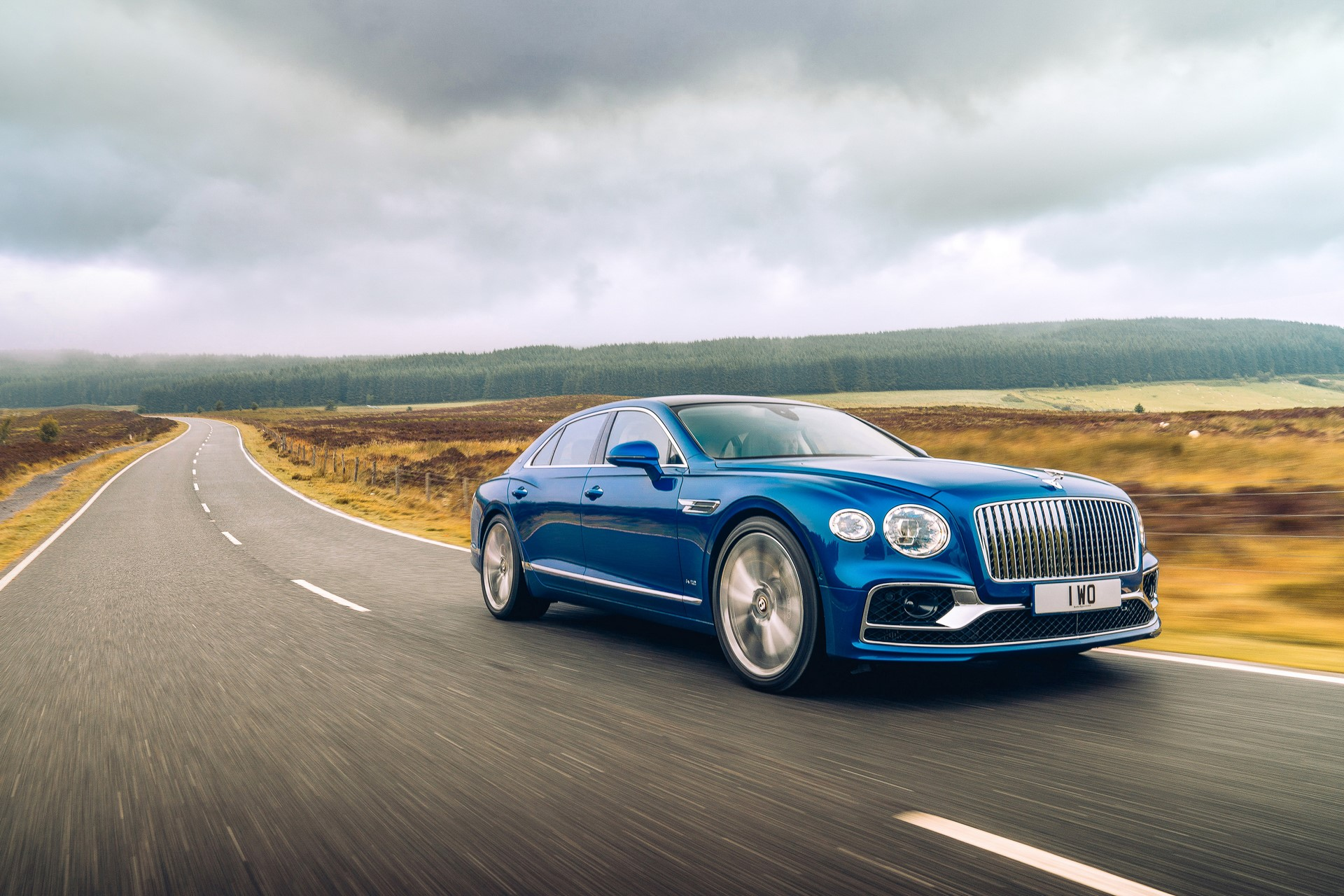 Bentley-Flying-Spur-First-Edition-3