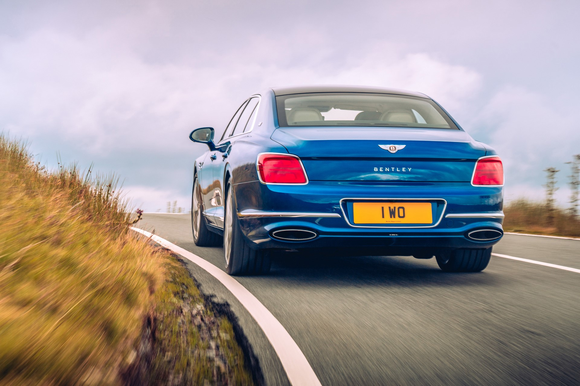 Bentley-Flying-Spur-First-Edition-4