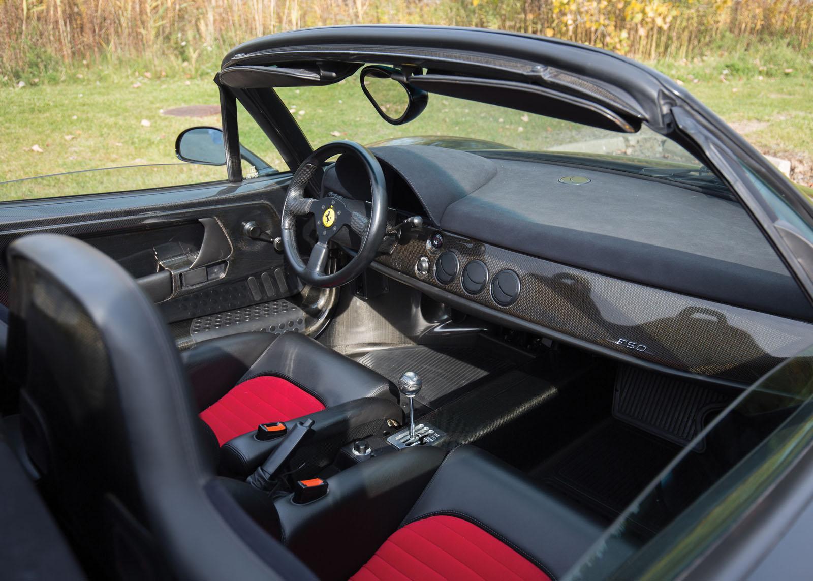 Black Ferrari F50 in auction (10)