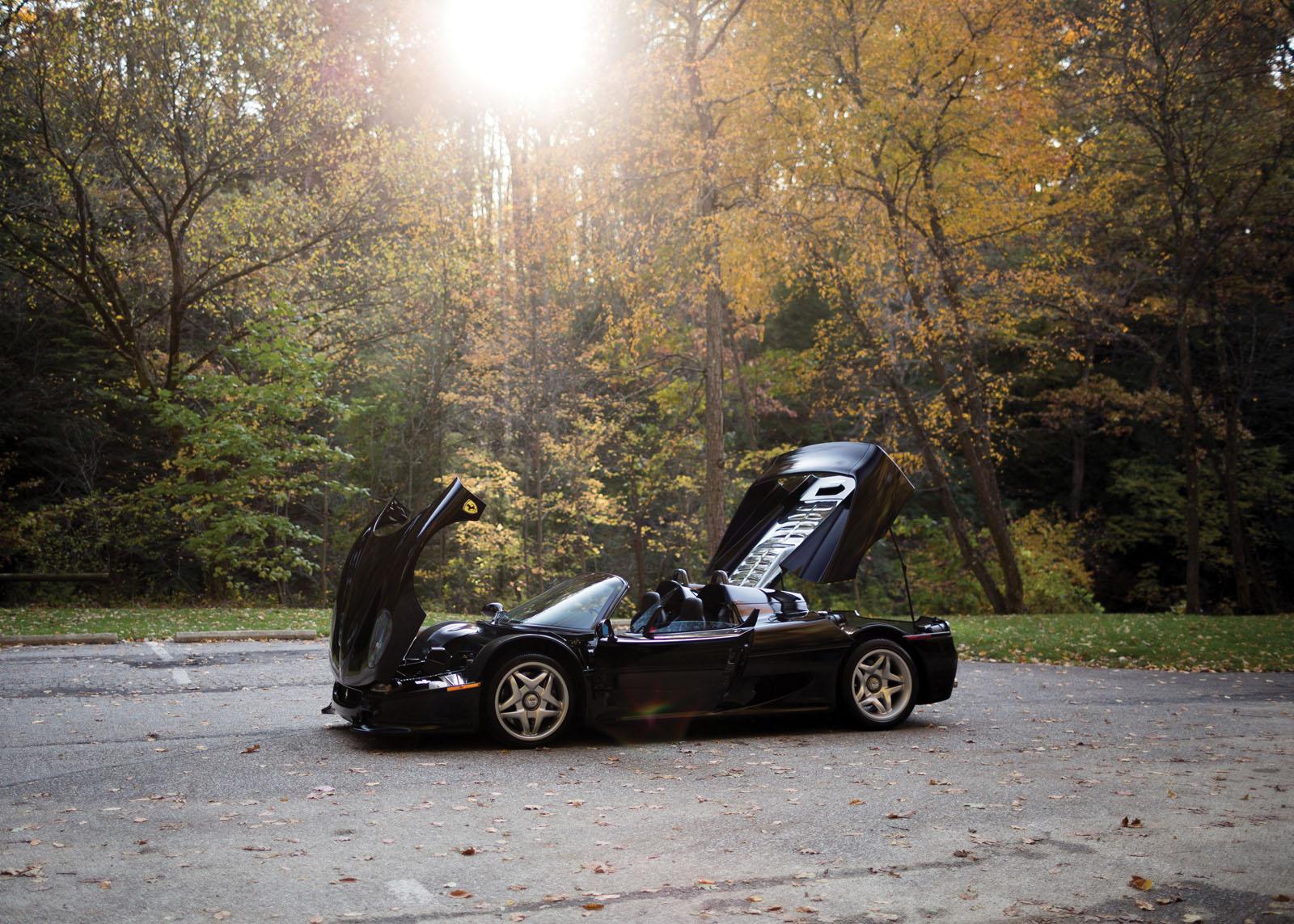 Black Ferrari F50 in auction (2)