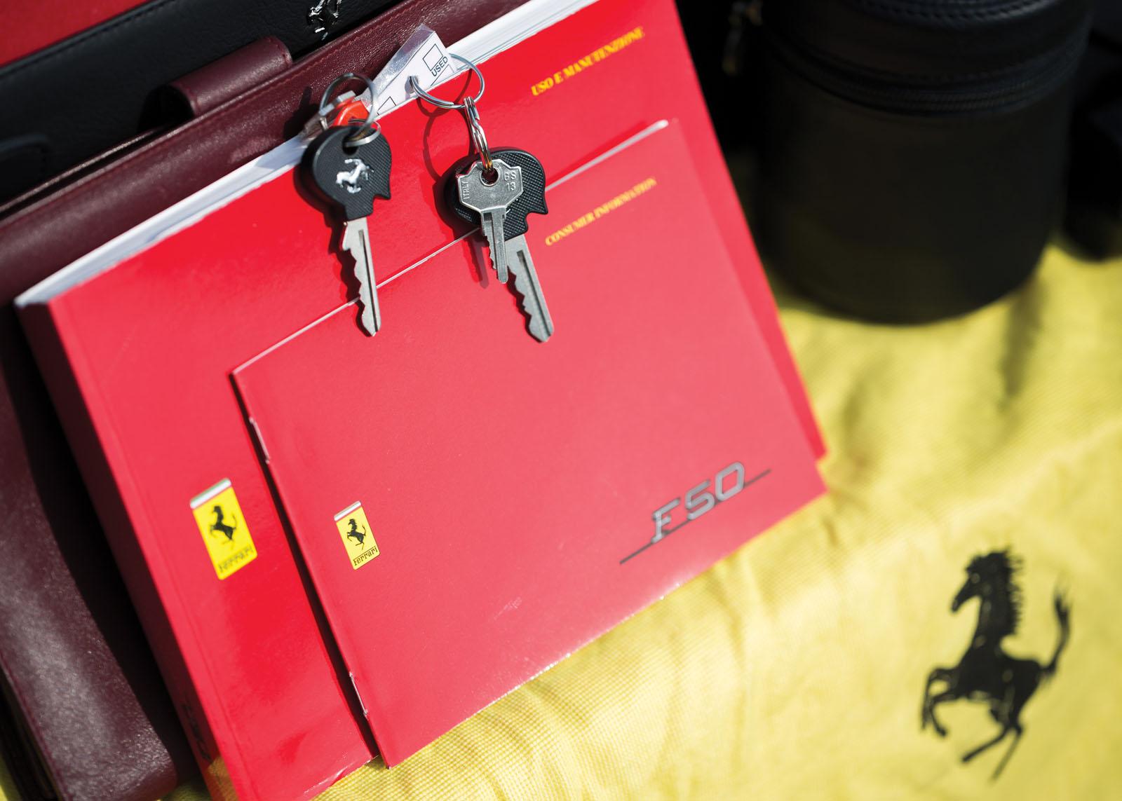 Black Ferrari F50 in auction (35)