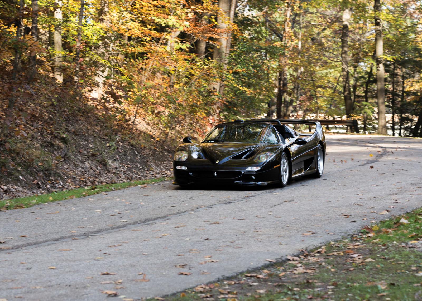 Black Ferrari F50 in auction (4)
