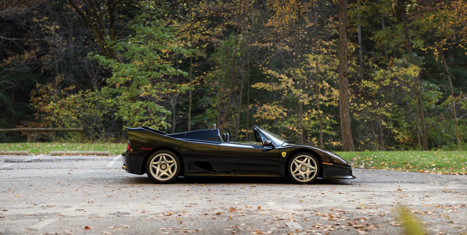 Black Ferrari F50 in auction (5)