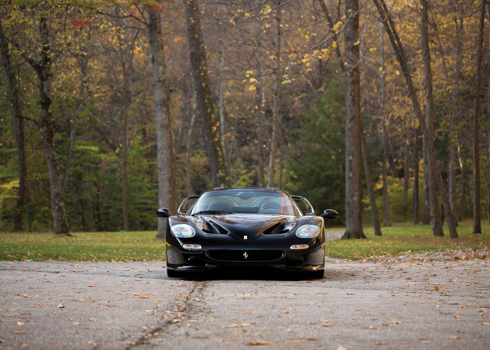 Black Ferrari F50 in auction (6)