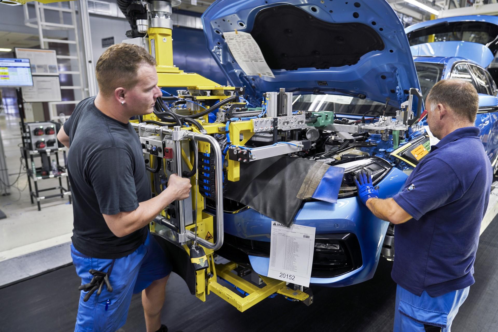 BMW-1-Series-production-plant-starts-10