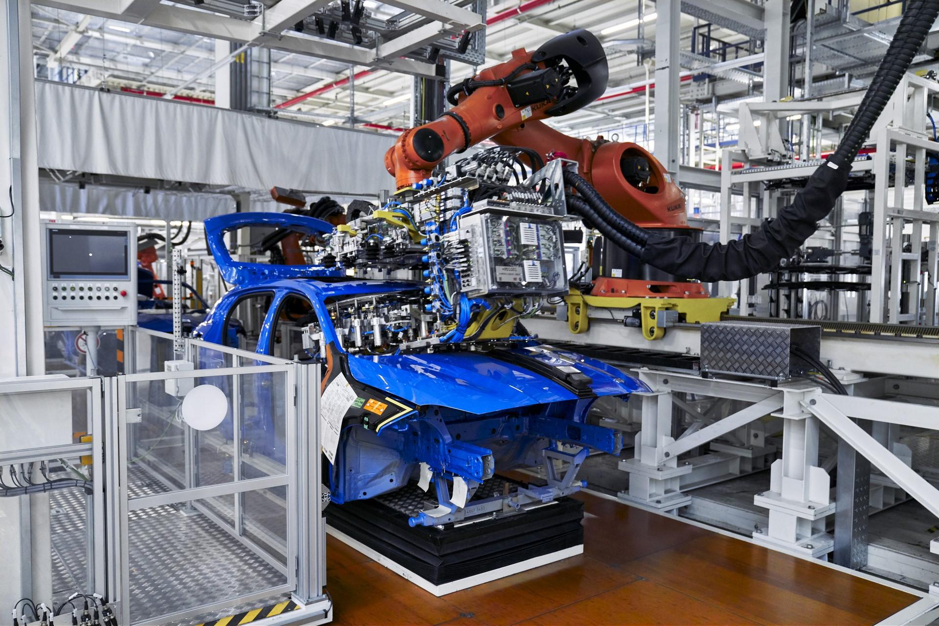 BMW-1-Series-production-plant-starts-8