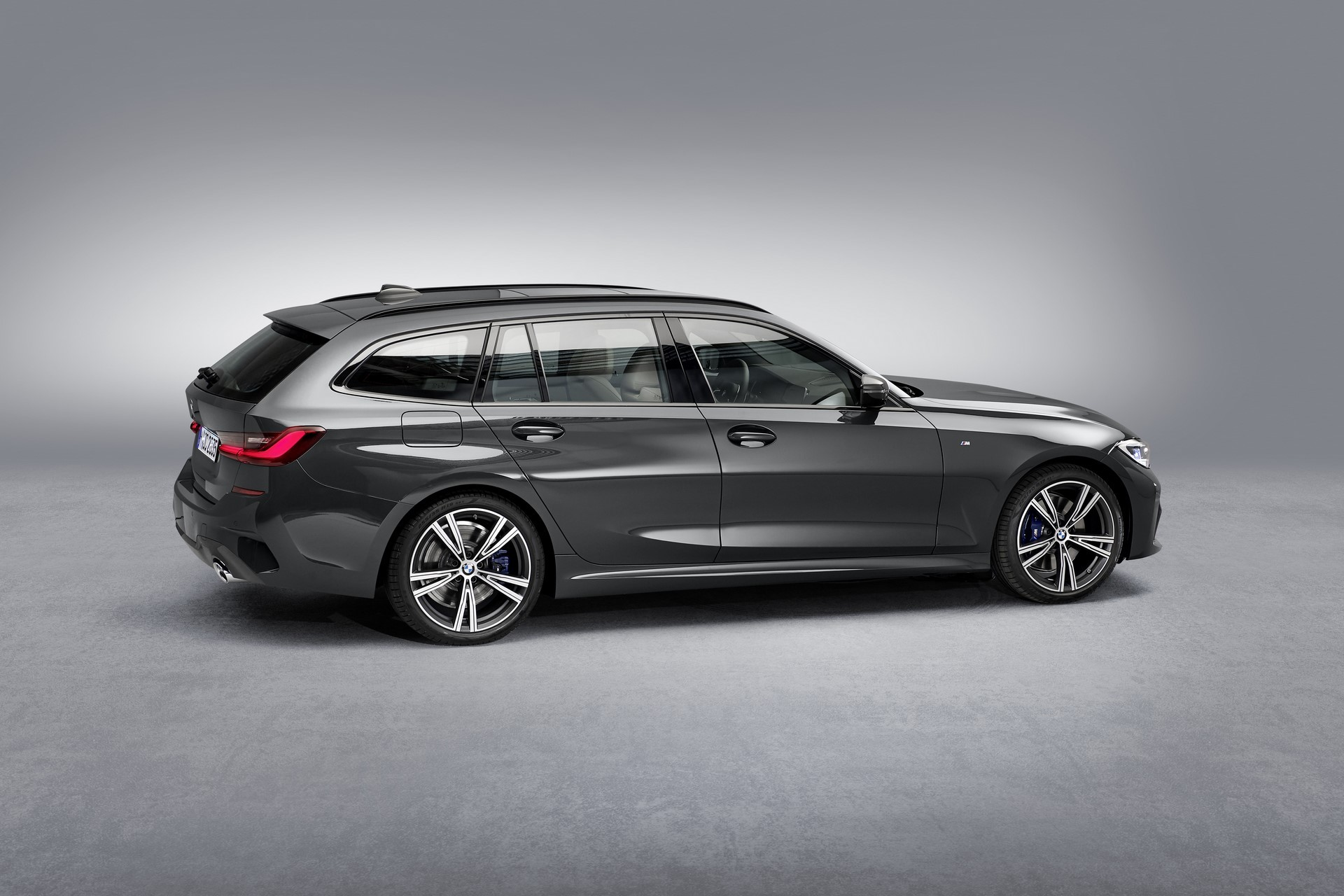 BMW-3-Series-Touring-2019-110