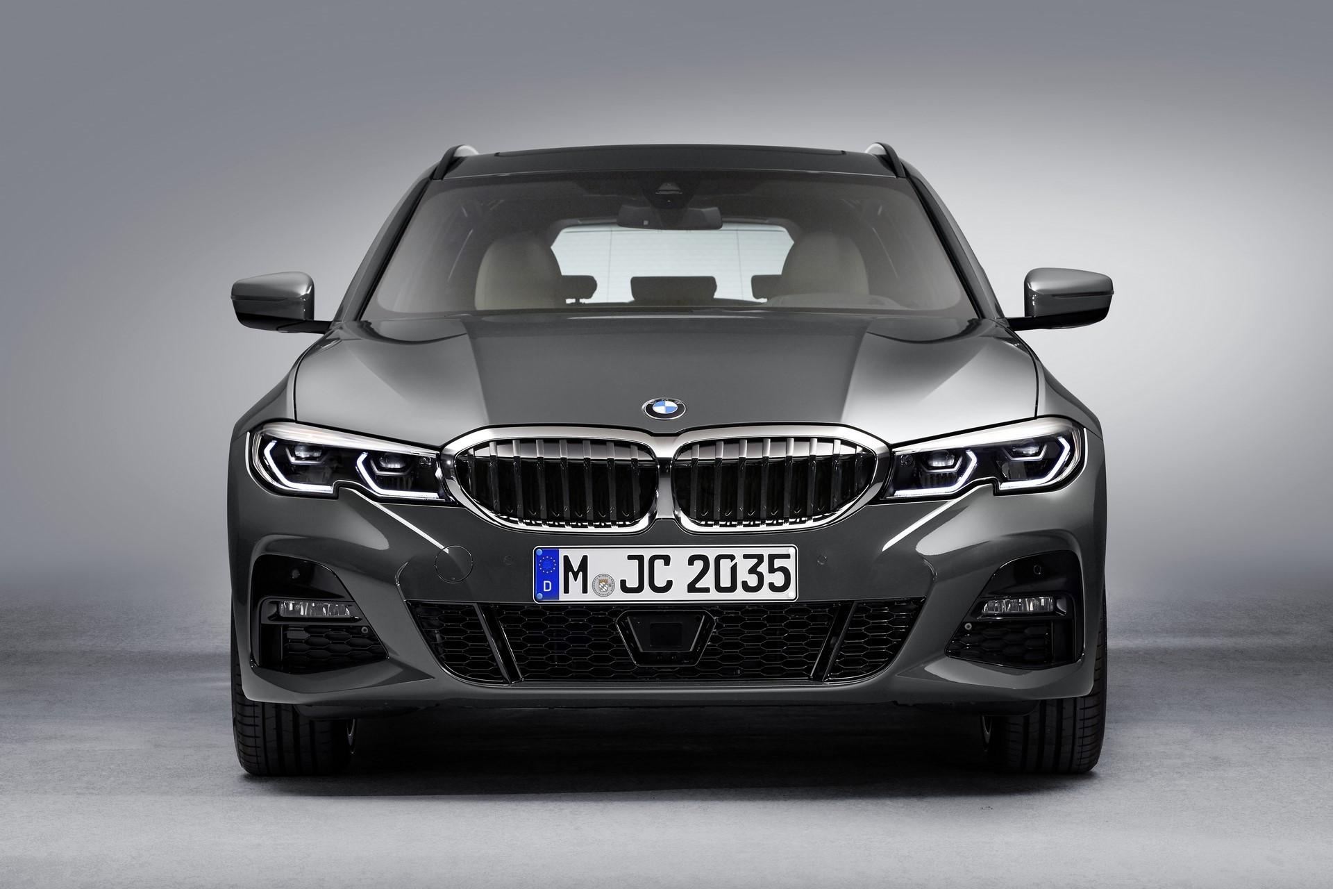 BMW-3-Series-Touring-2019-112