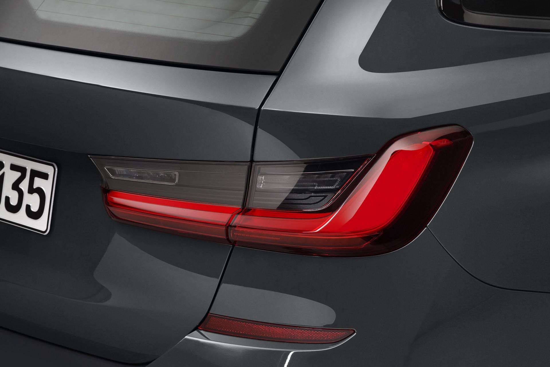 BMW-3-Series-Touring-2019-117