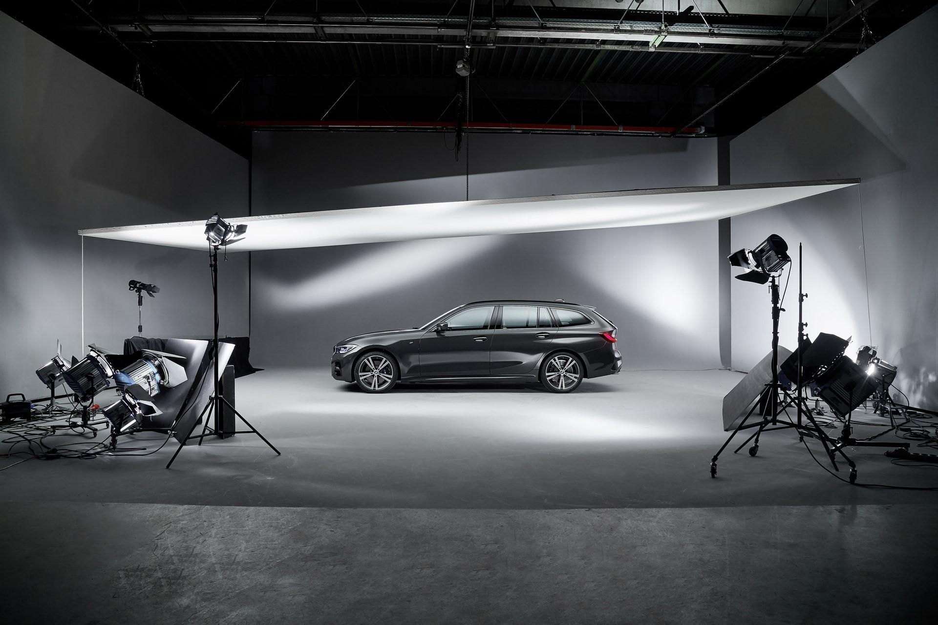 BMW-3-Series-Touring-2019-119