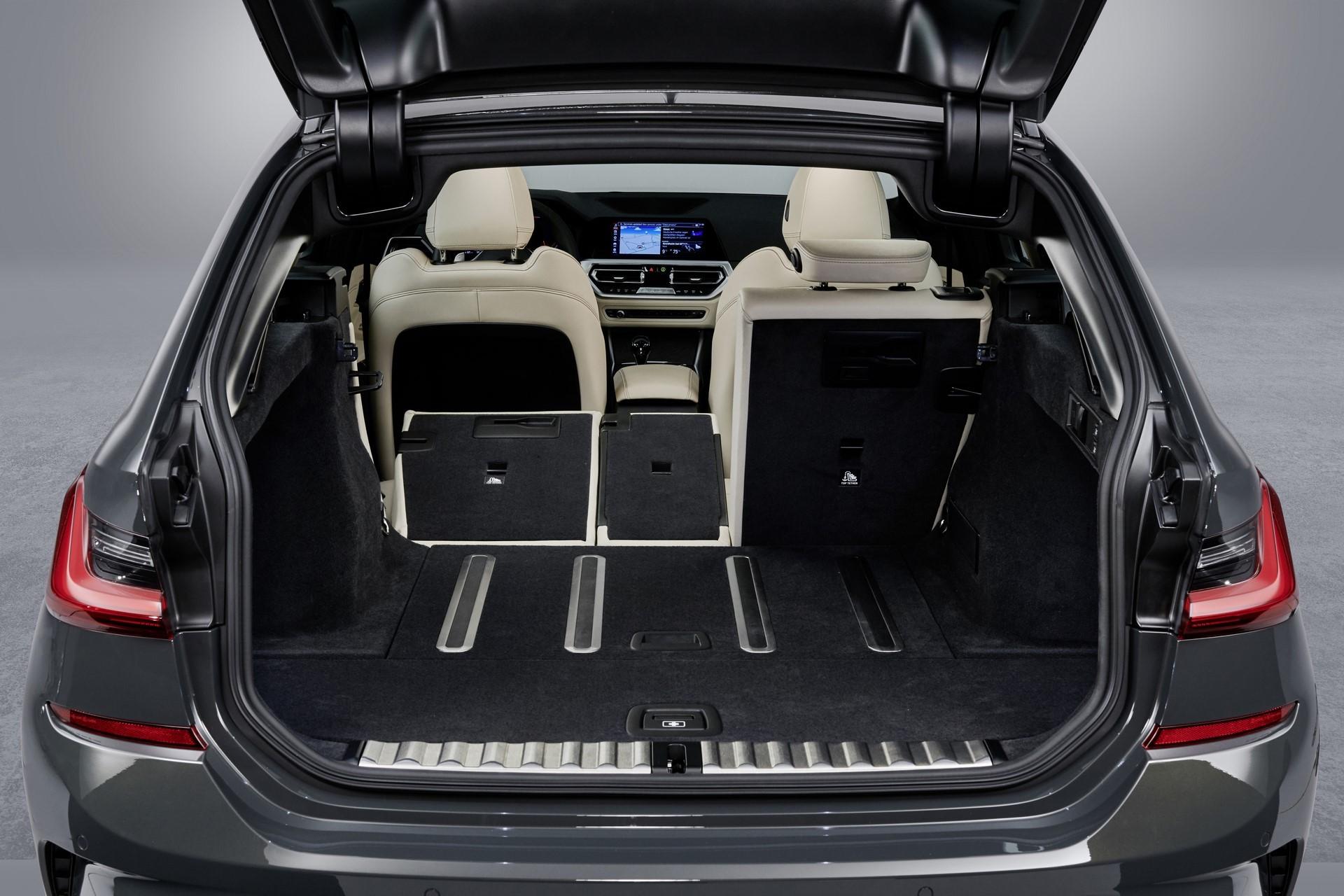 BMW-3-Series-Touring-2019-129