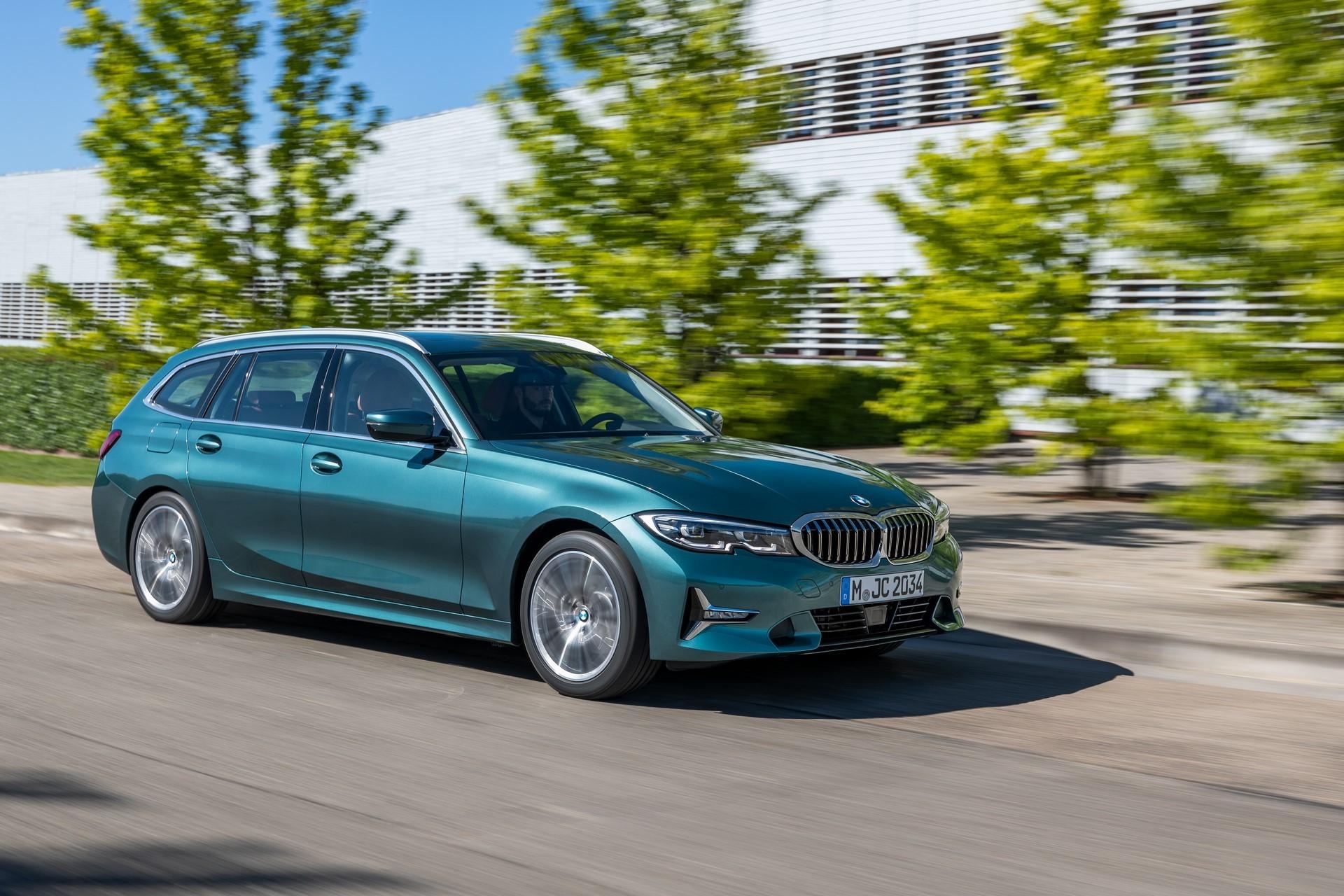 BMW-3-Series-Touring-2019-17