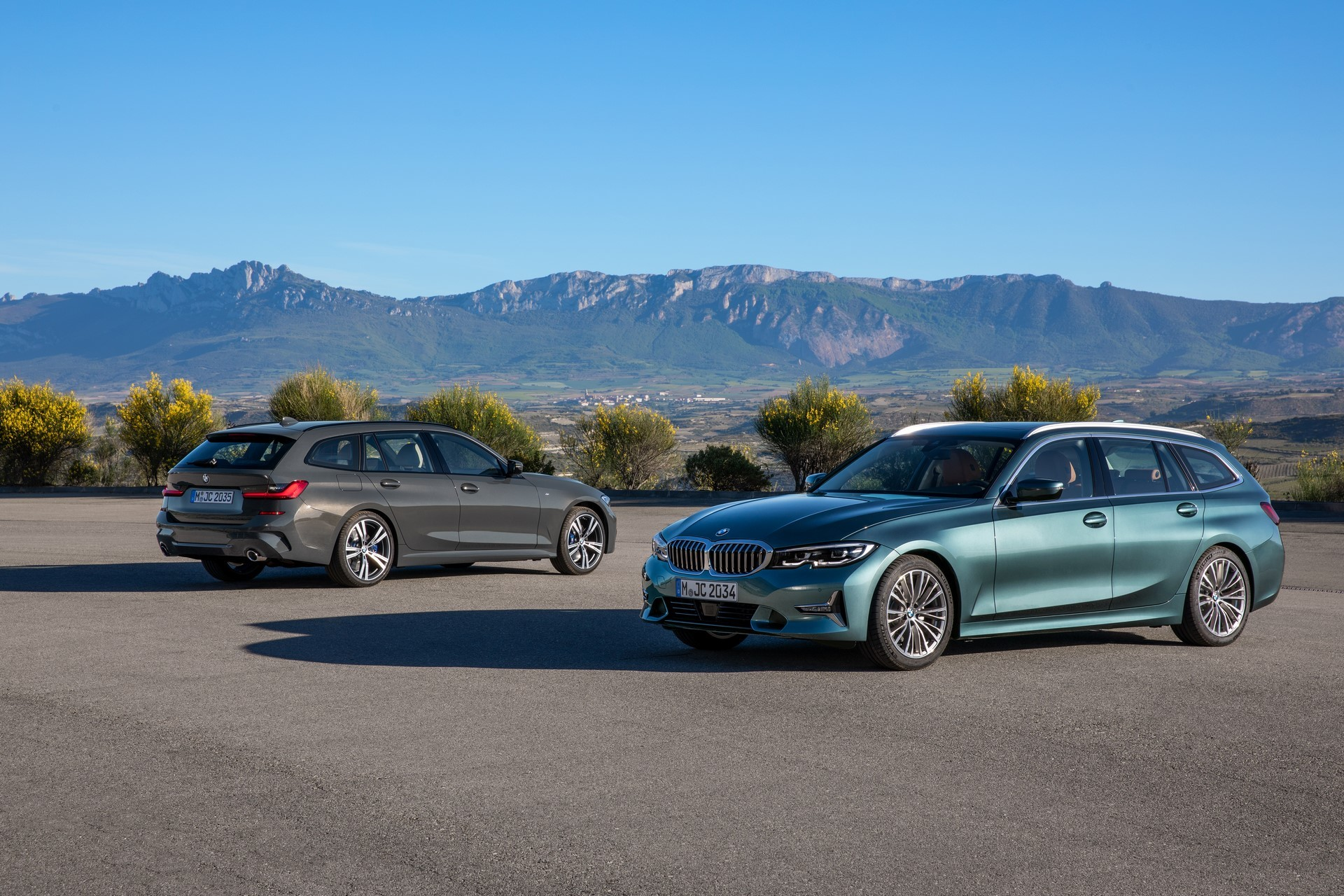 BMW-3-Series-Touring-2019-2