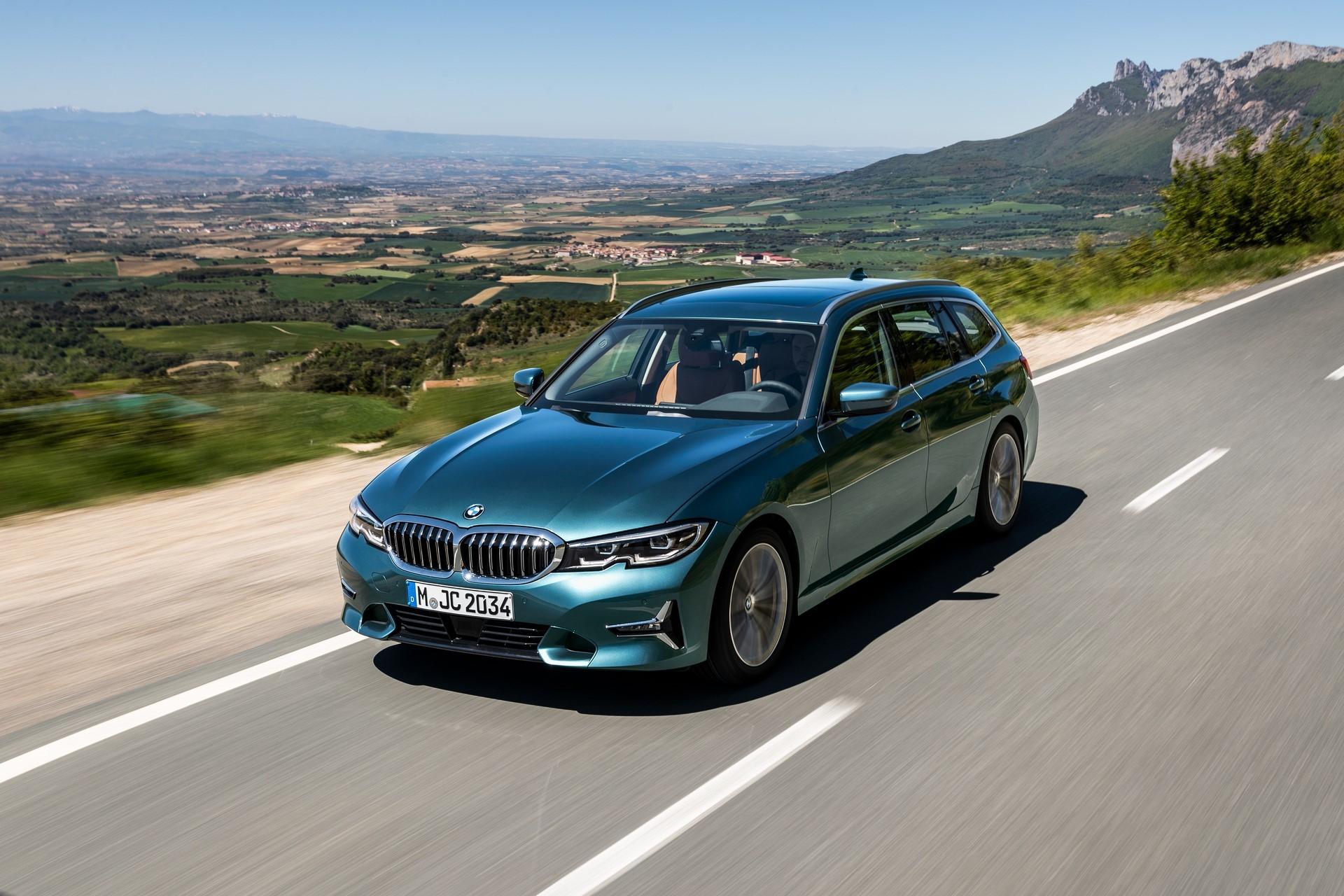 BMW-3-Series-Touring-2019-34