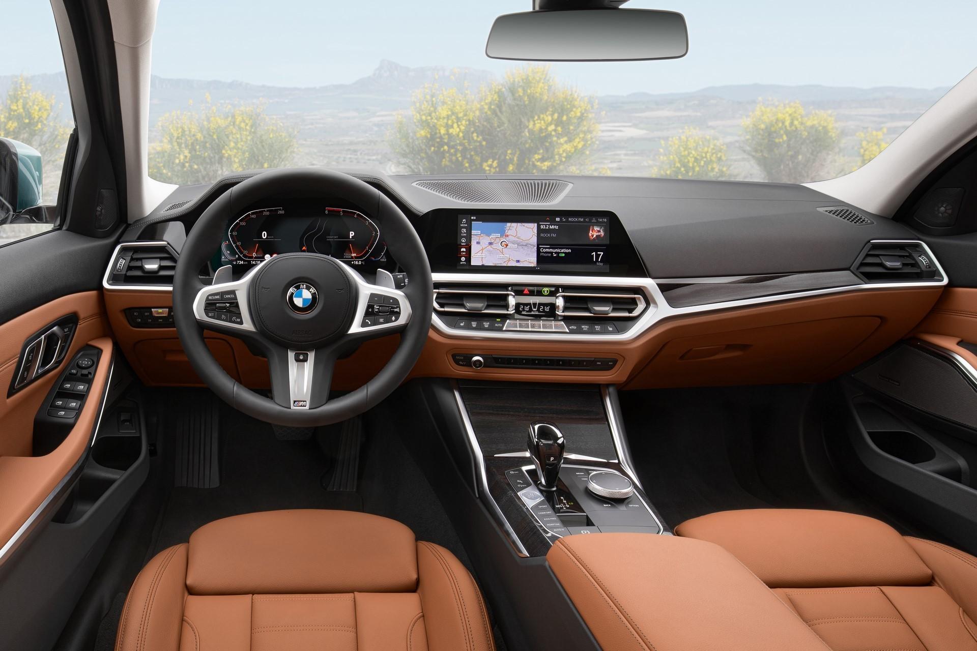 BMW-3-Series-Touring-2019-42