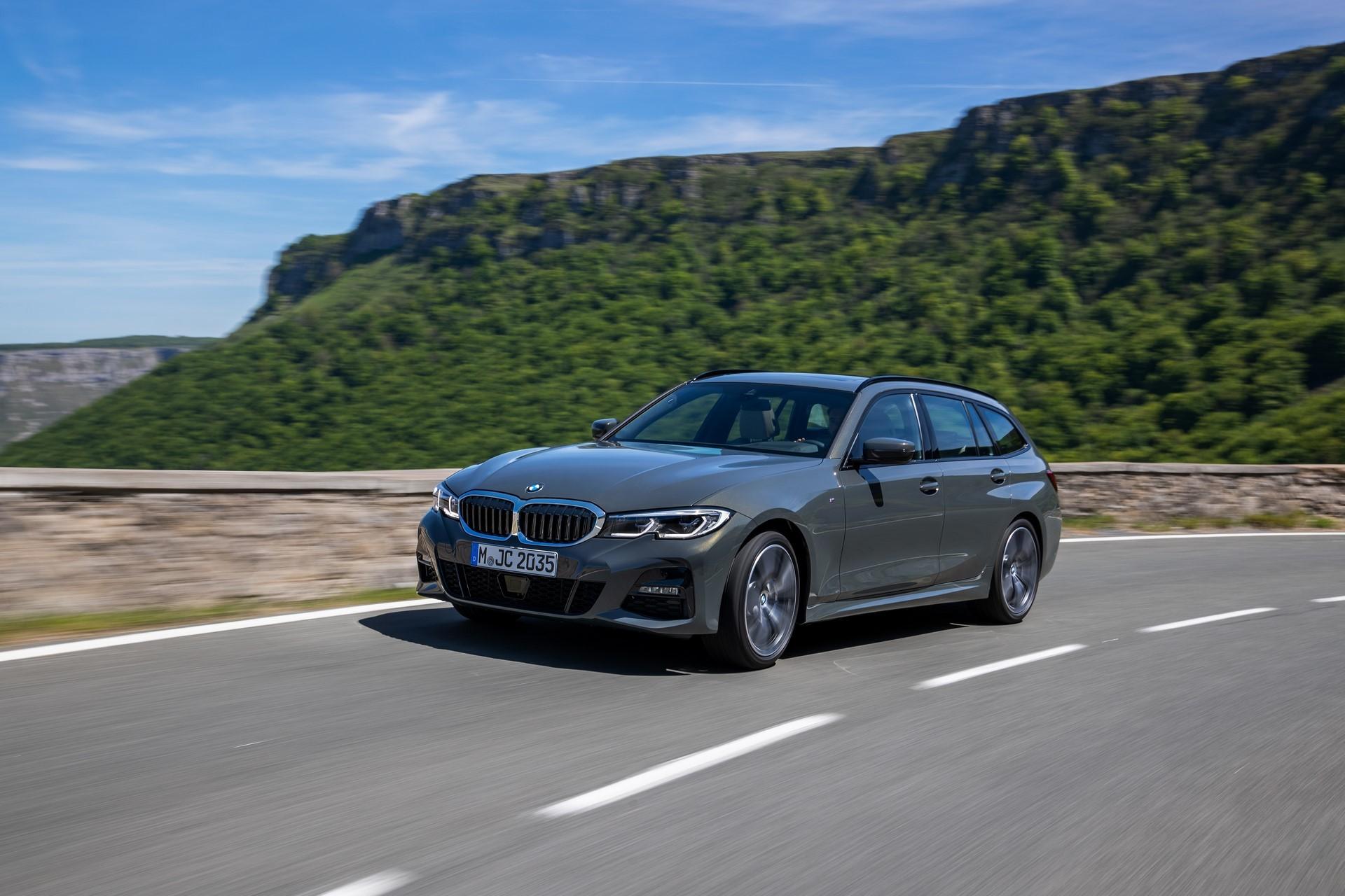 BMW-3-Series-Touring-2019-49