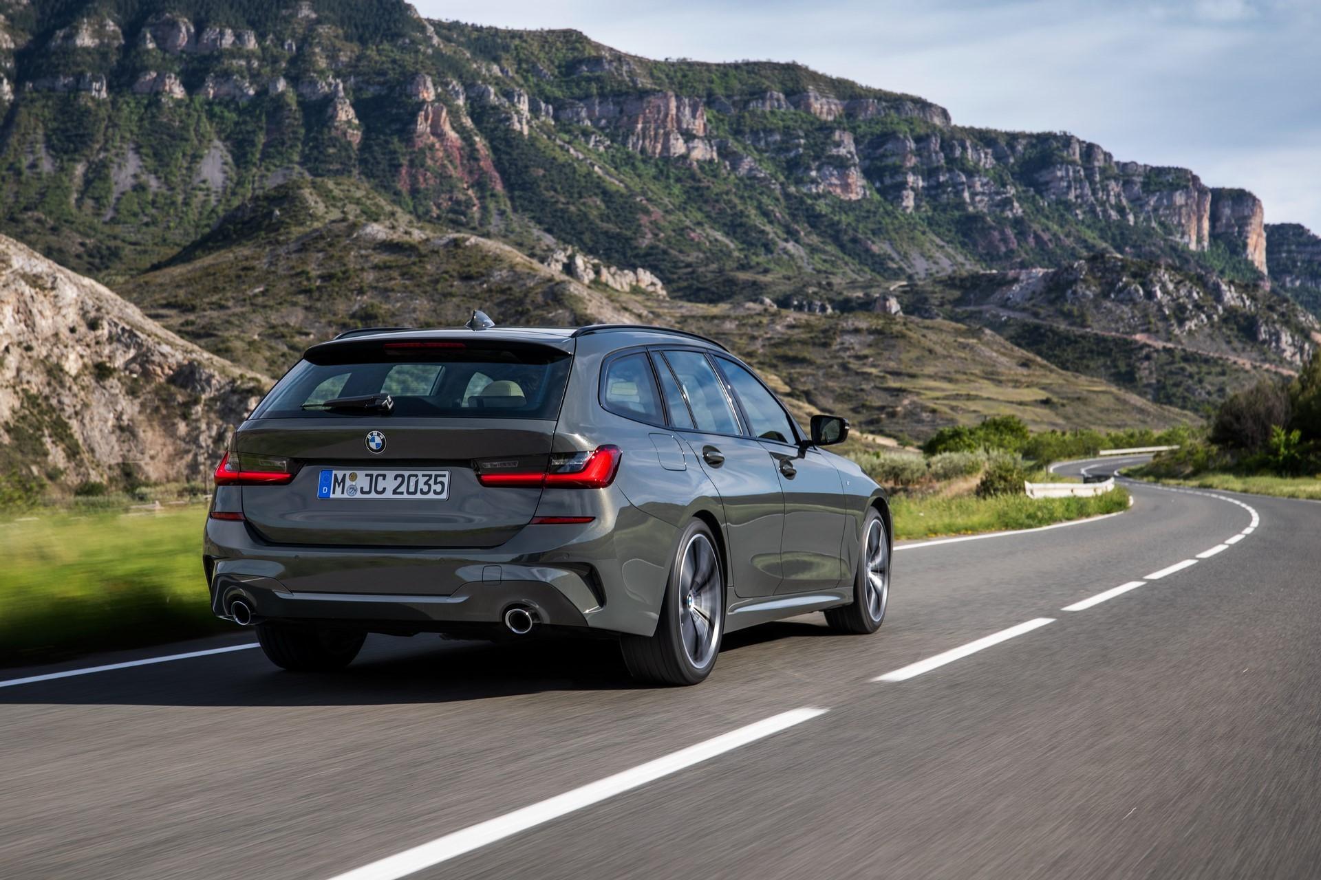 BMW-3-Series-Touring-2019-52