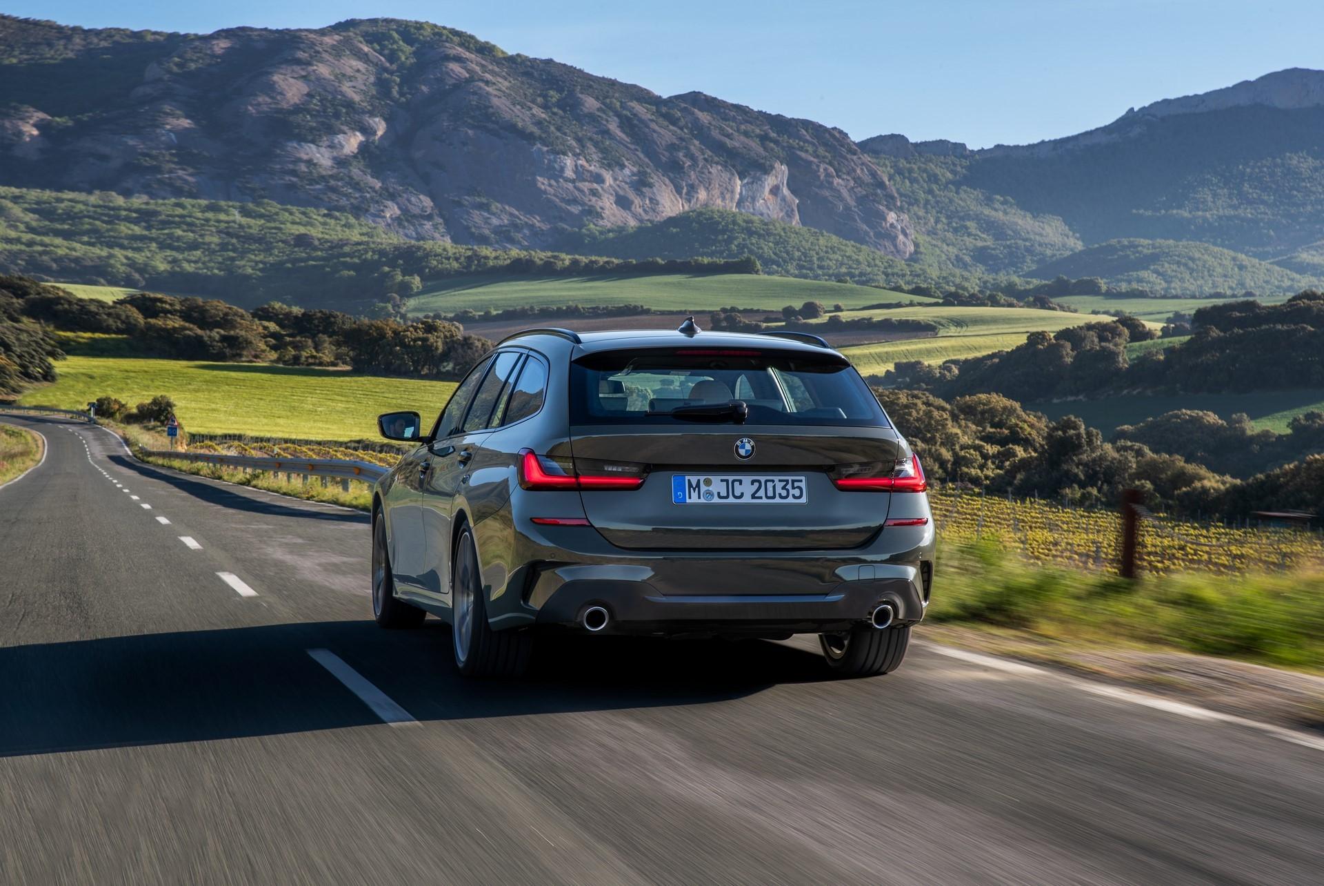 BMW-3-Series-Touring-2019-53