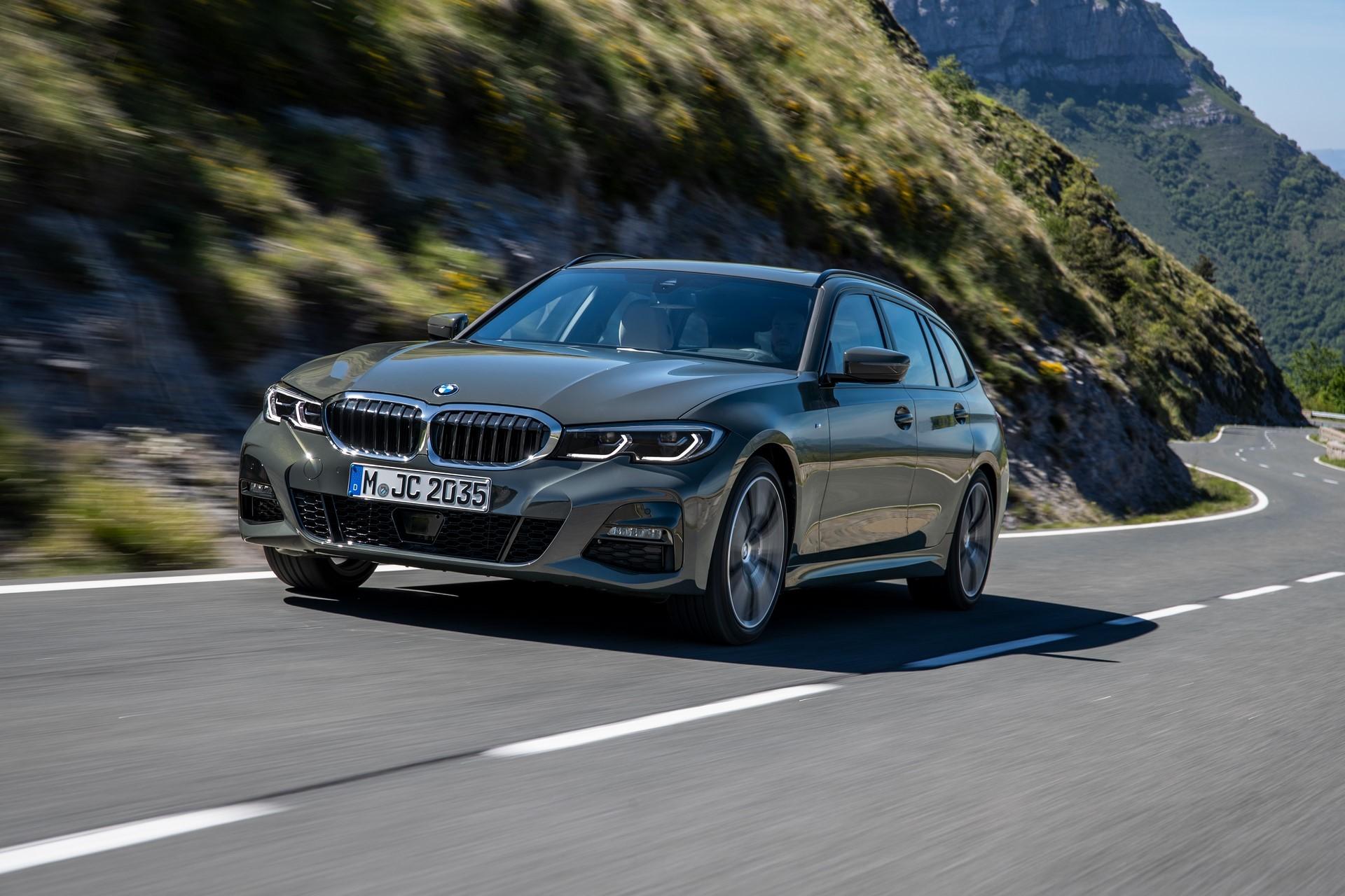 BMW-3-Series-Touring-2019-57